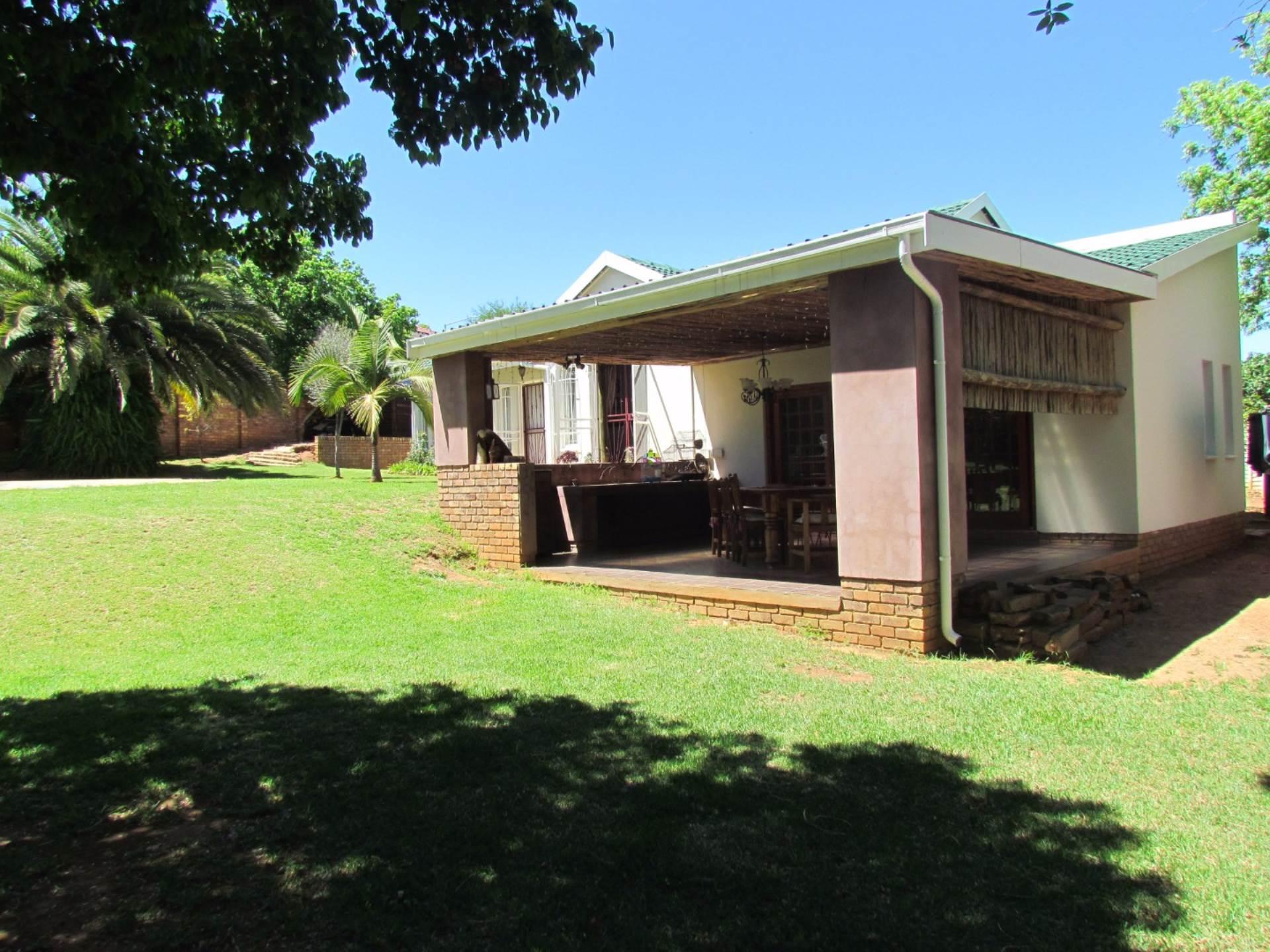 Elarduspark property for sale. Ref No: 13544106. Picture no 42