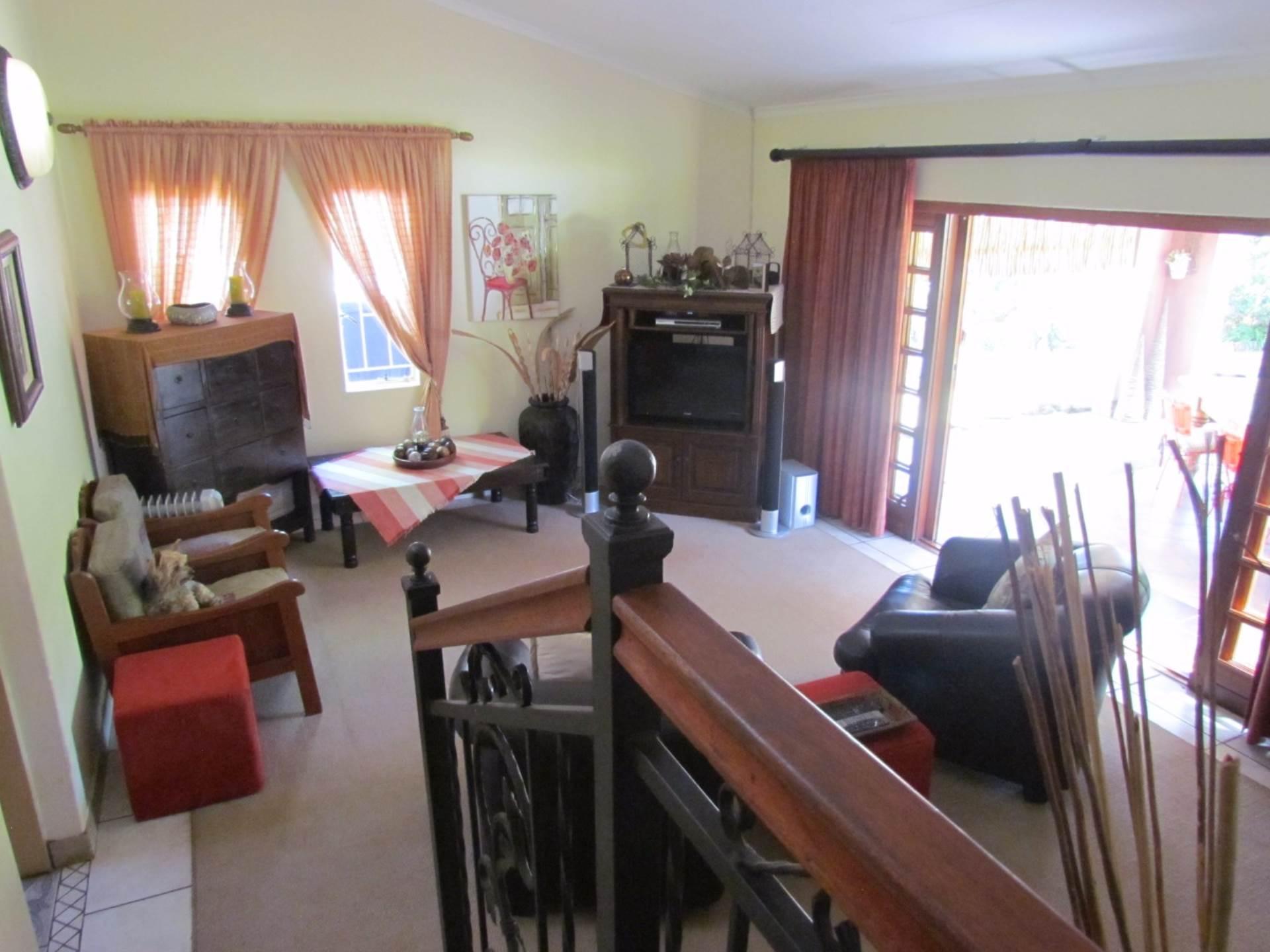 Elarduspark property for sale. Ref No: 13544106. Picture no 3