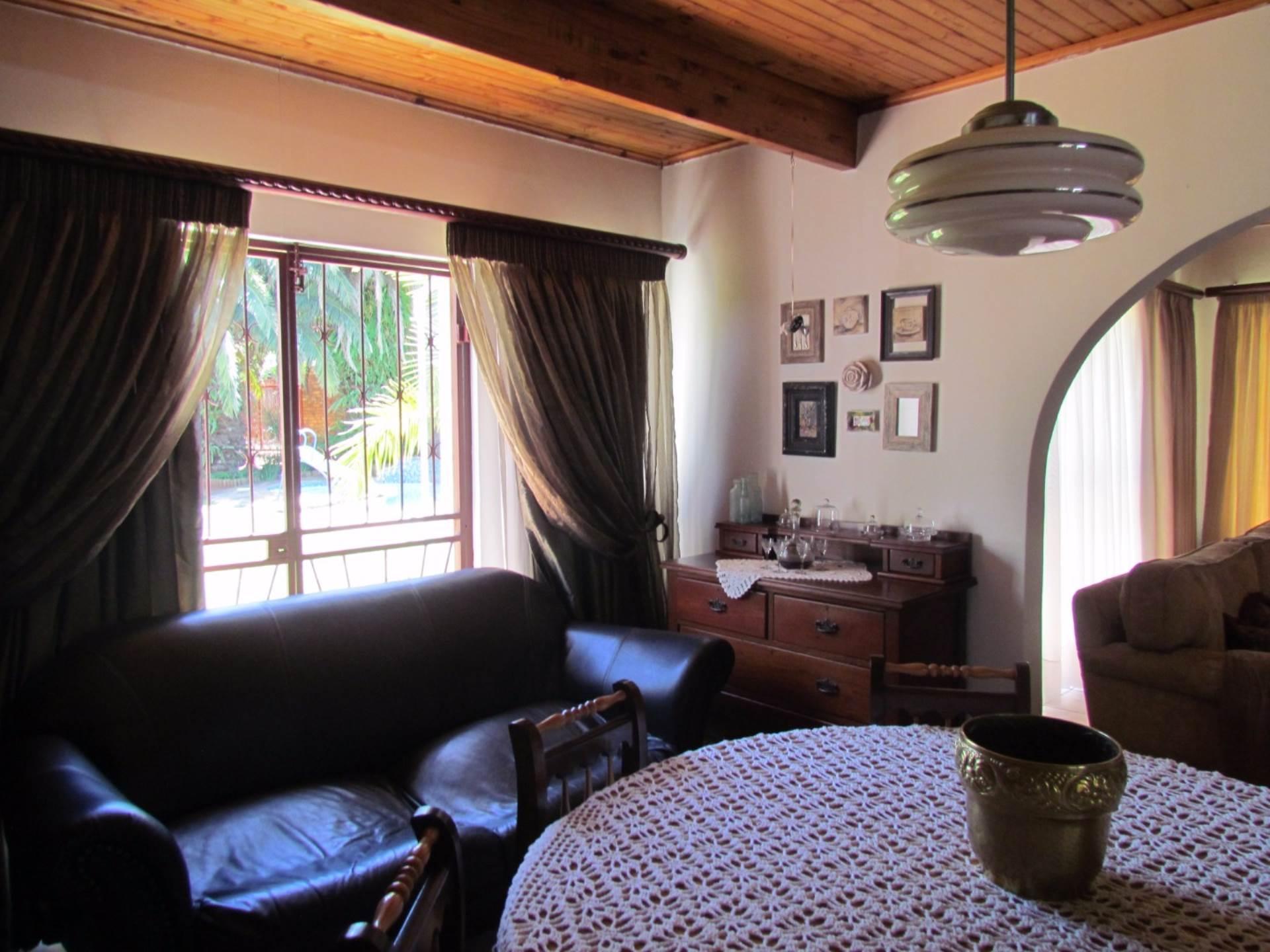 Elarduspark property for sale. Ref No: 13544106. Picture no 31