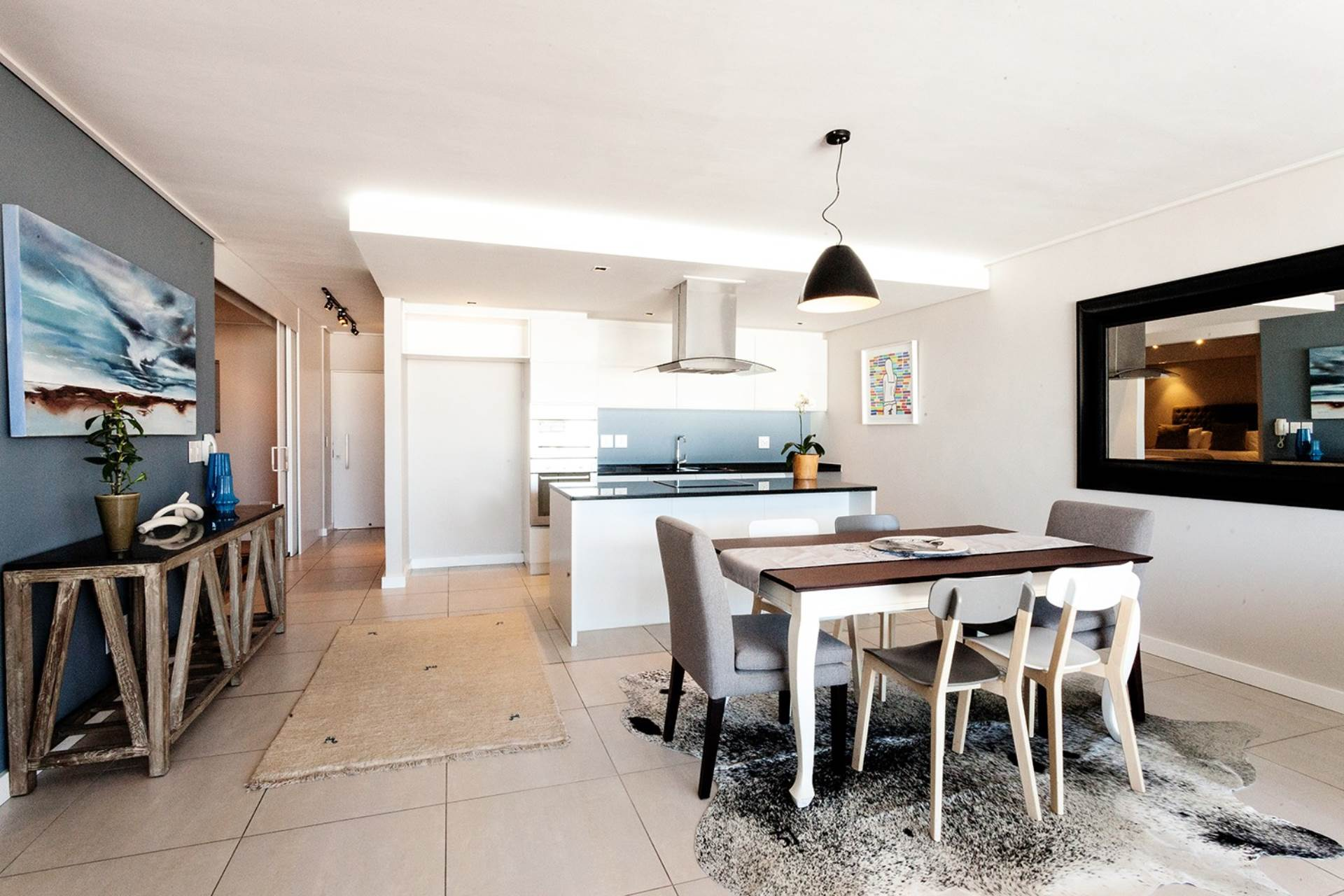 Bantry Bay property for sale. Ref No: 13540356. Picture no 8