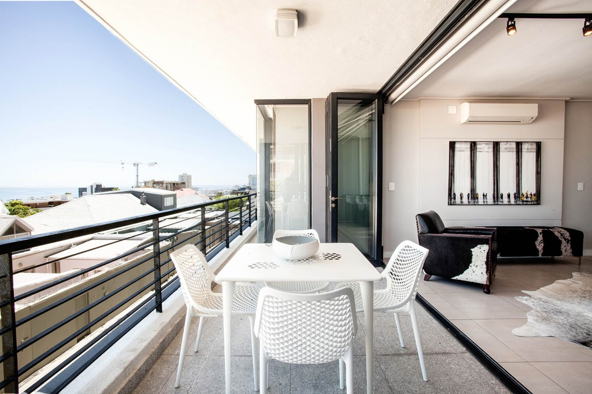 Bantry Bay property for sale. Ref No: 13540356. Picture no 15