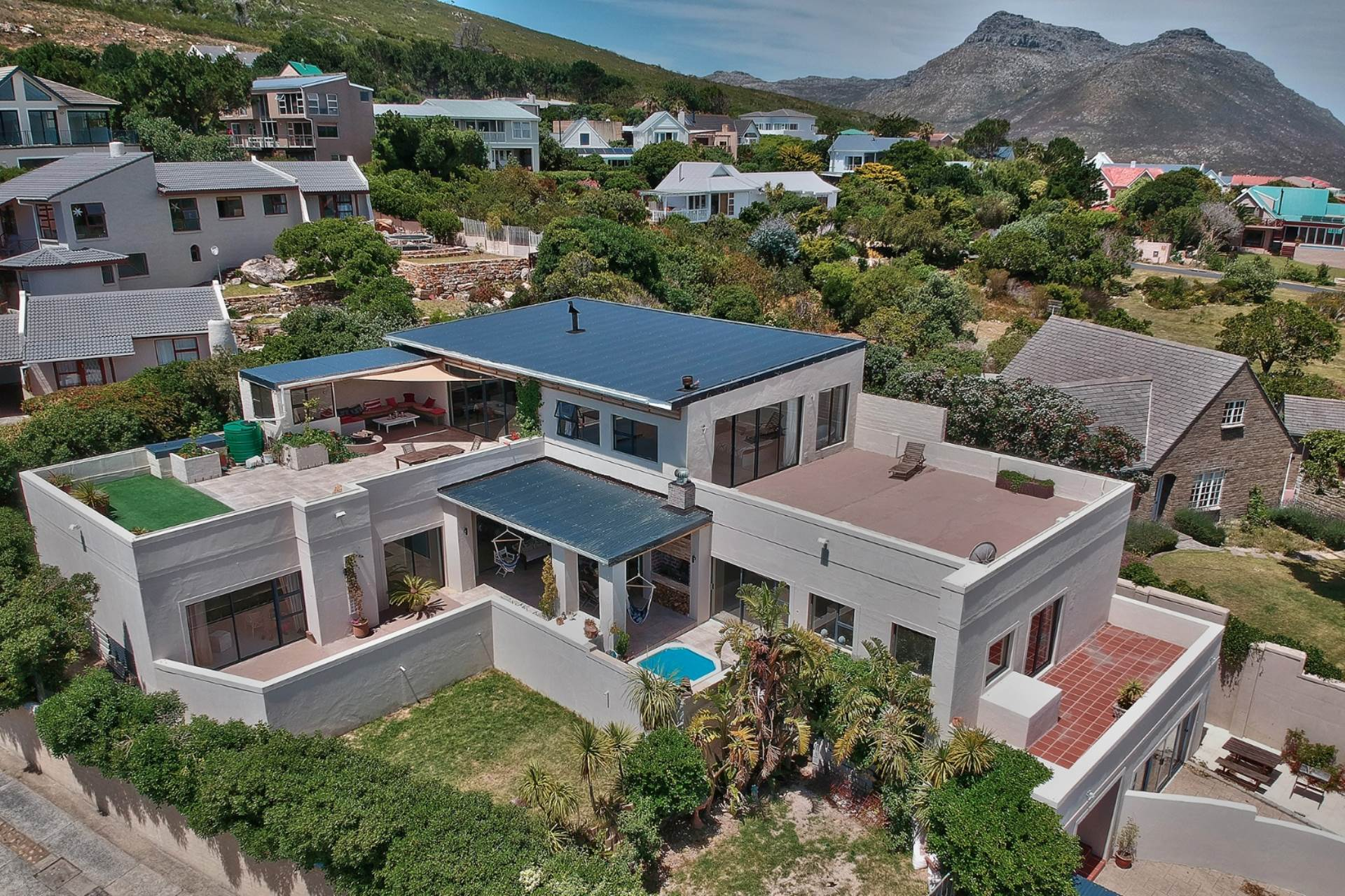 Property and Houses for sale in Noordhoek, House, 7 Bedrooms - ZAR 6,950,000