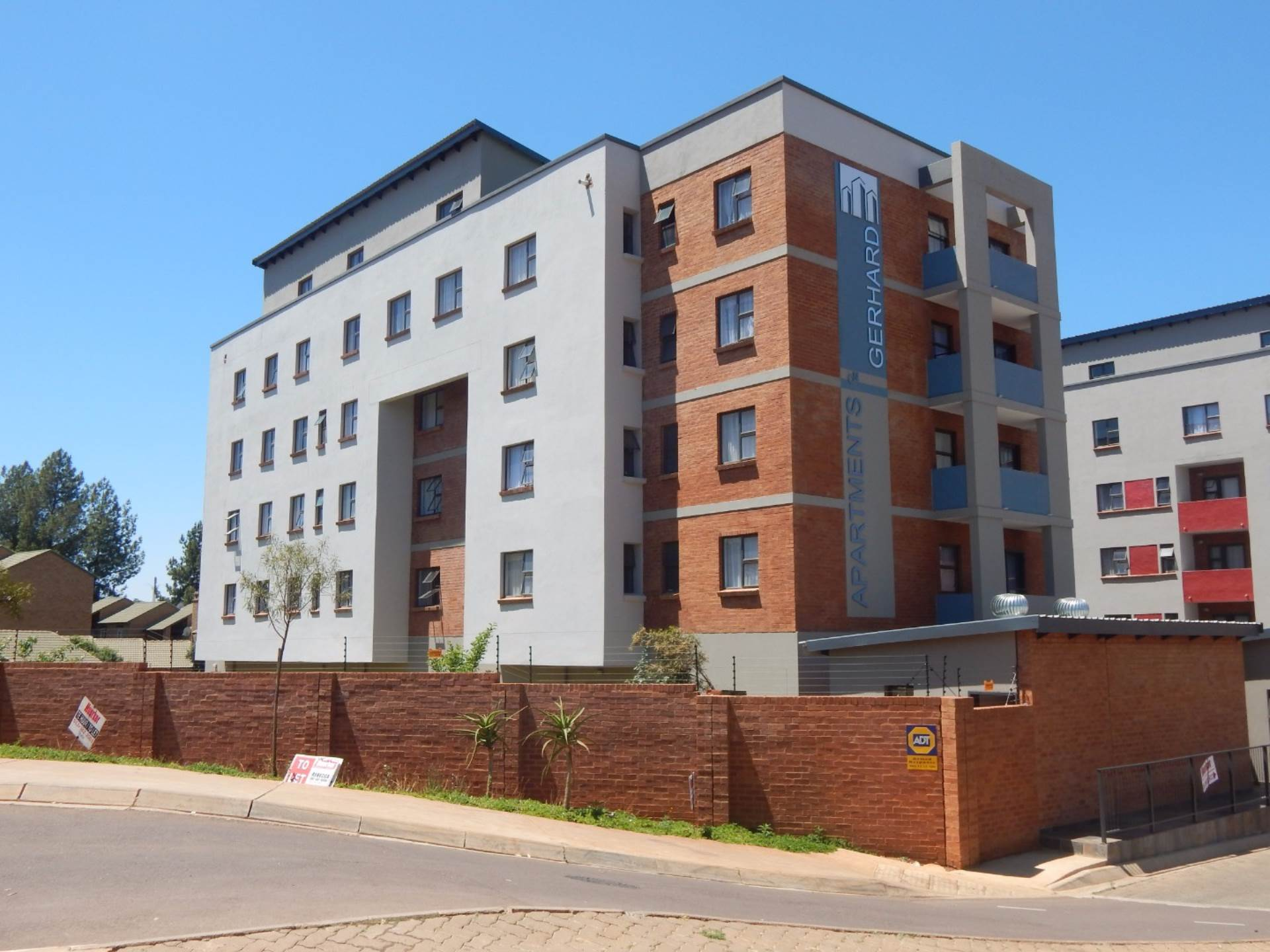 2 BedroomFlat To Rent In Central