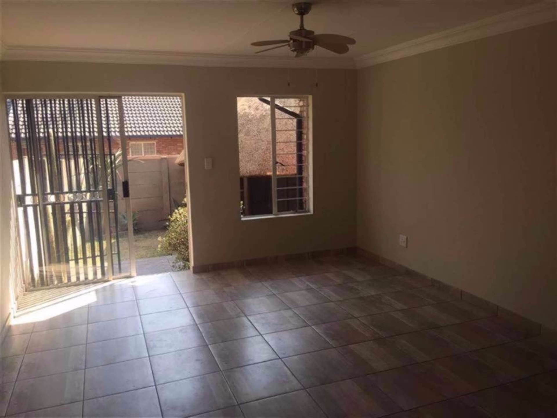 Rooihuiskraal North property for sale. Ref No: 13544340. Picture no 5