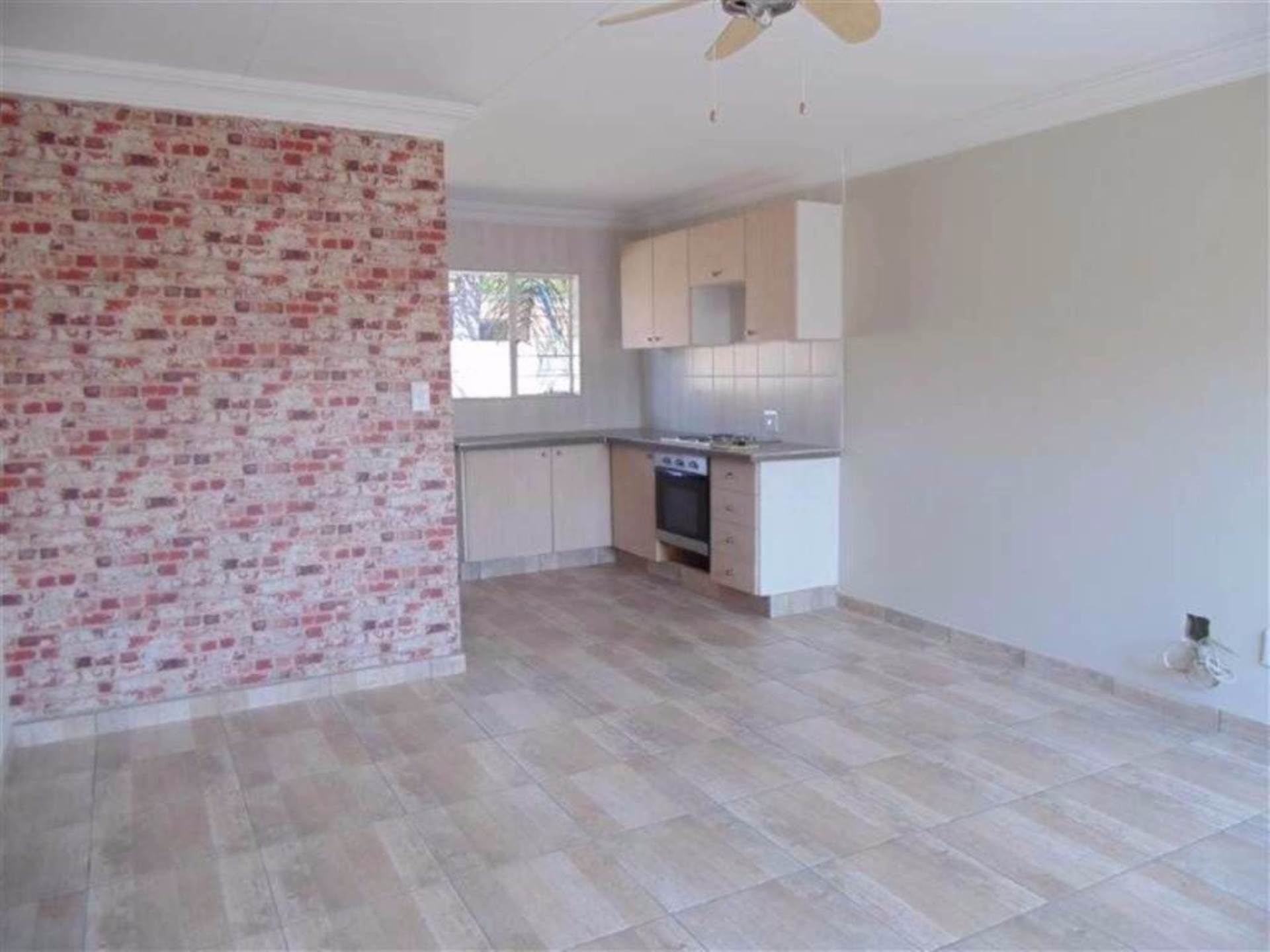 Rooihuiskraal North property for sale. Ref No: 13544340. Picture no 14