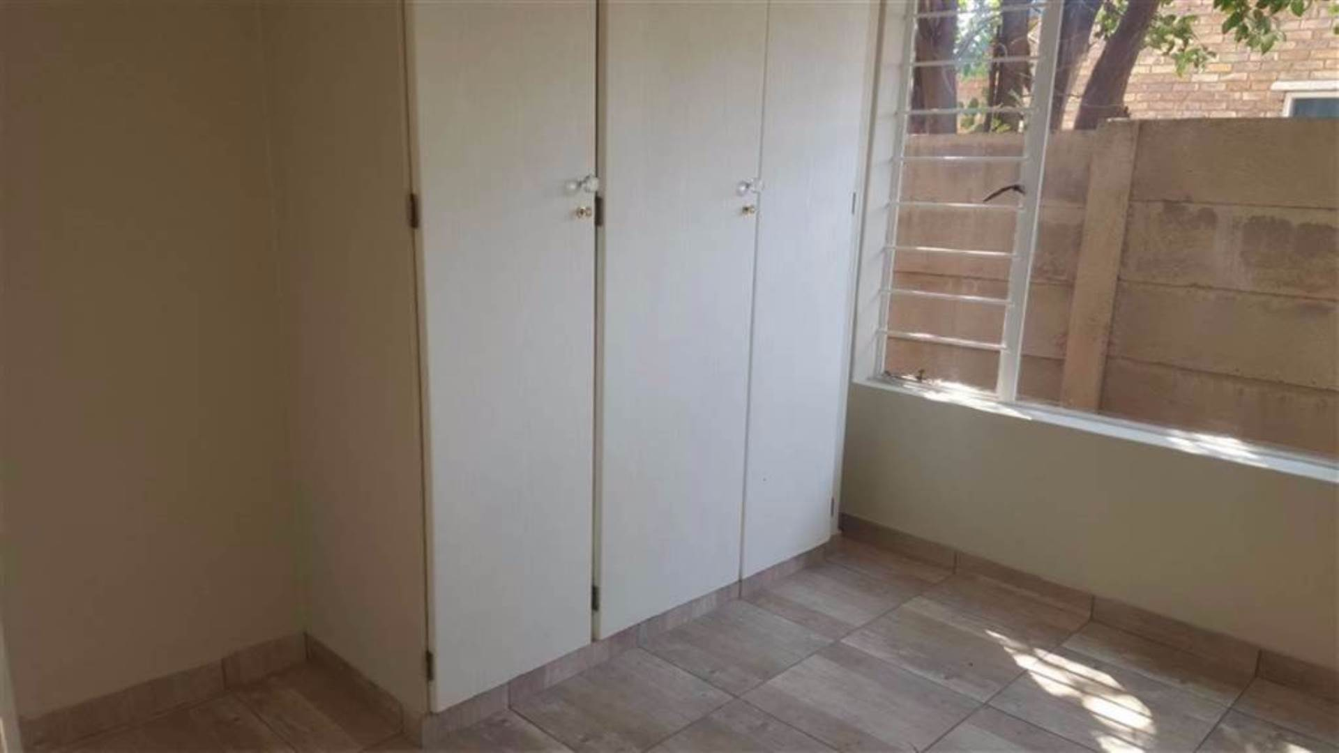 Rooihuiskraal North property for sale. Ref No: 13544340. Picture no 9