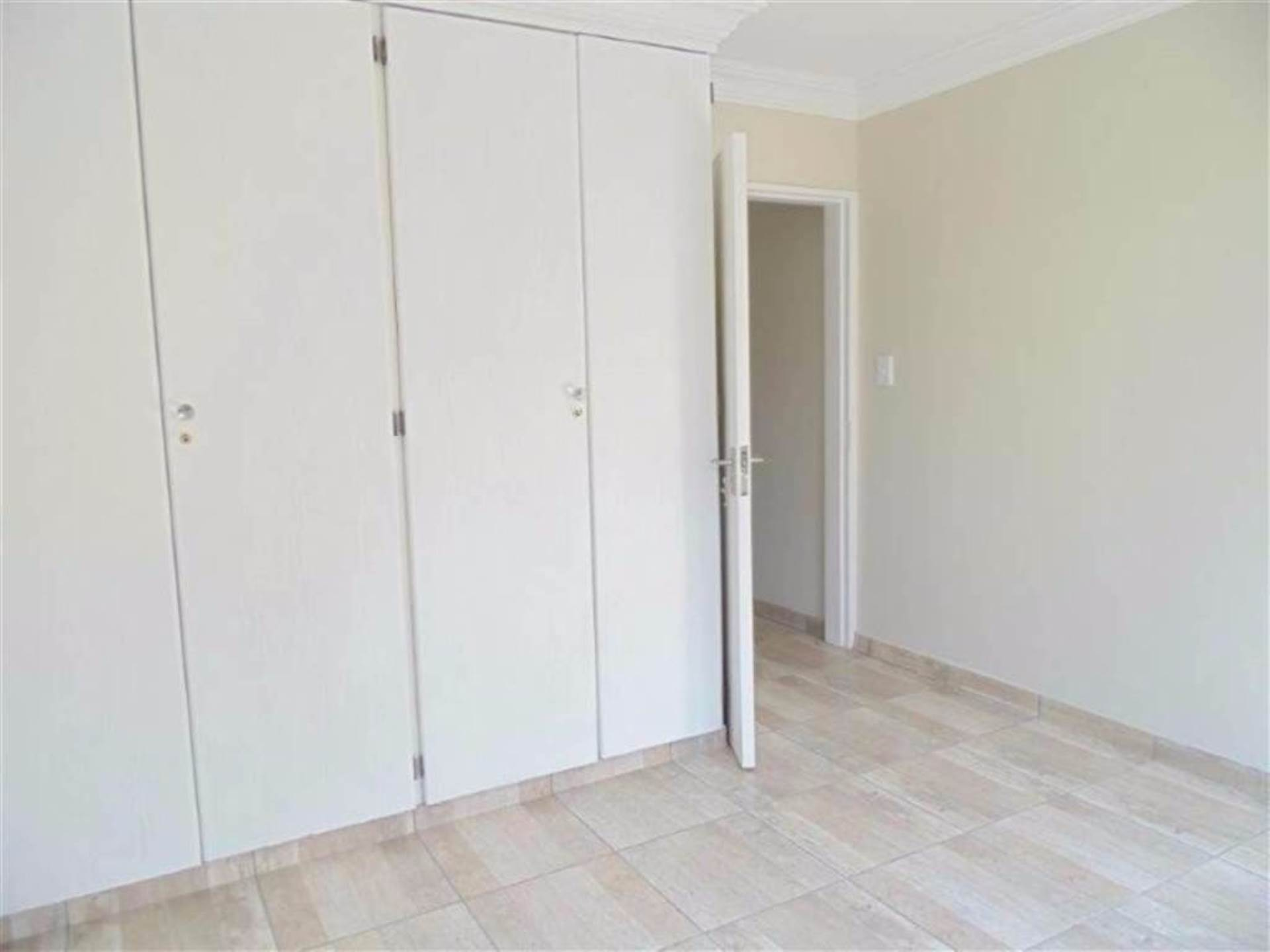 Rooihuiskraal North property for sale. Ref No: 13544340. Picture no 6