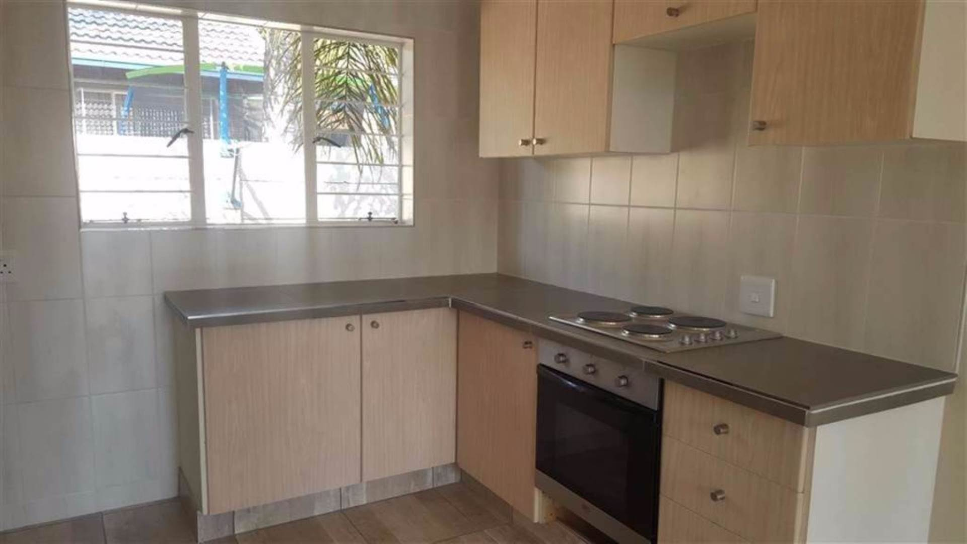 Rooihuiskraal North property for sale. Ref No: 13544340. Picture no 2