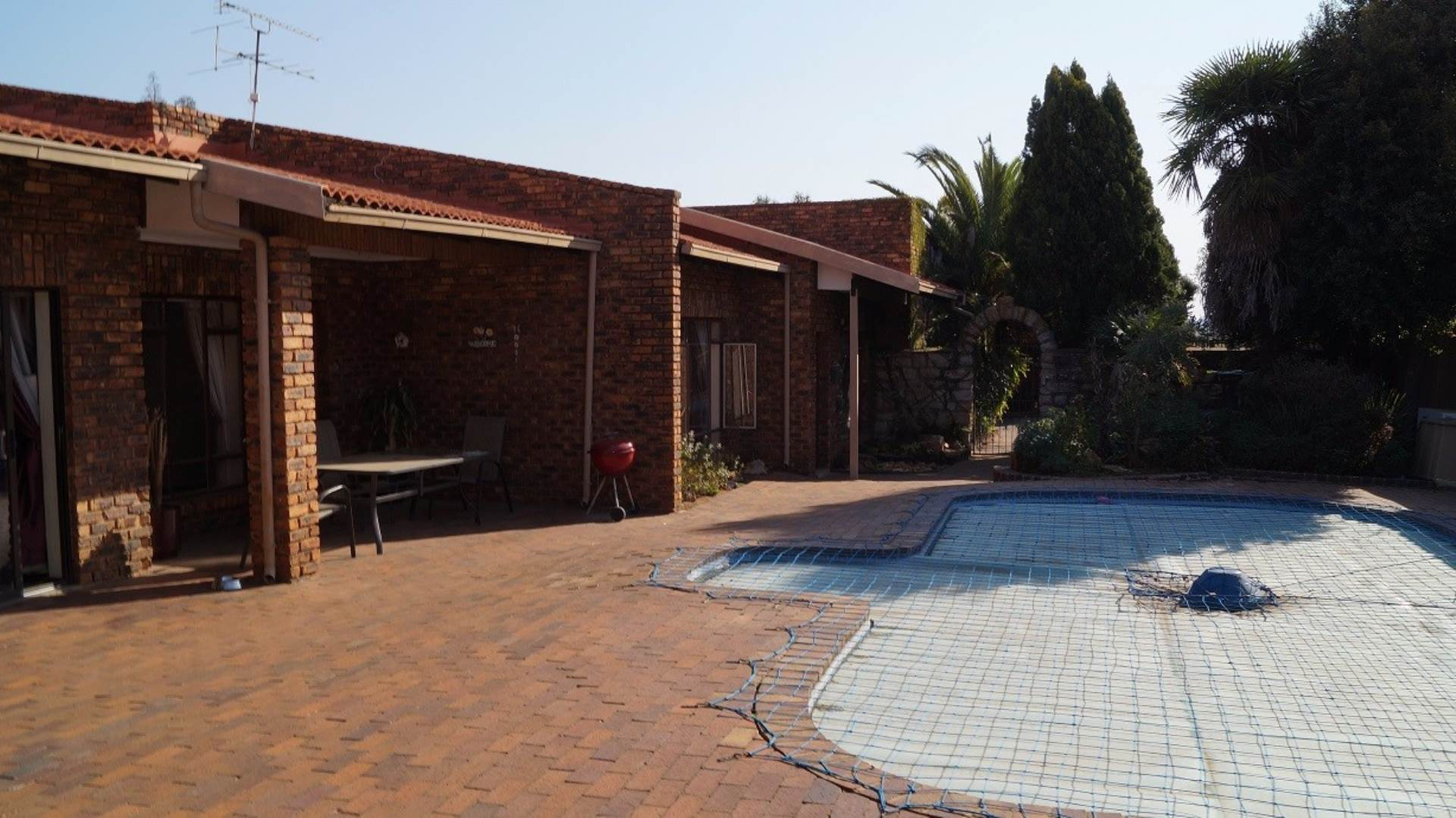 4 BedroomHouse For Sale In Farrarmere