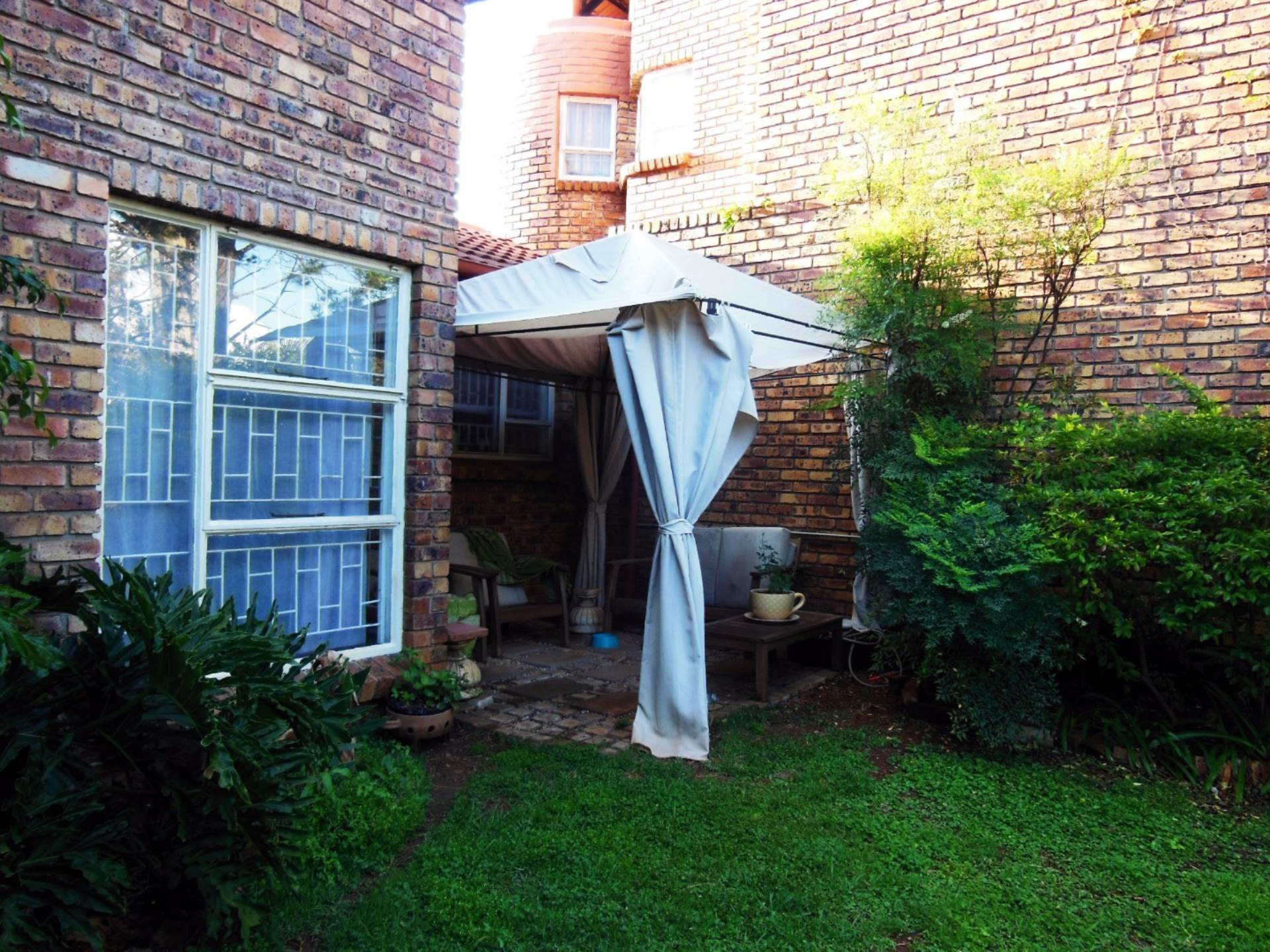 Brummeria property for sale. Ref No: 13545418. Picture no 9