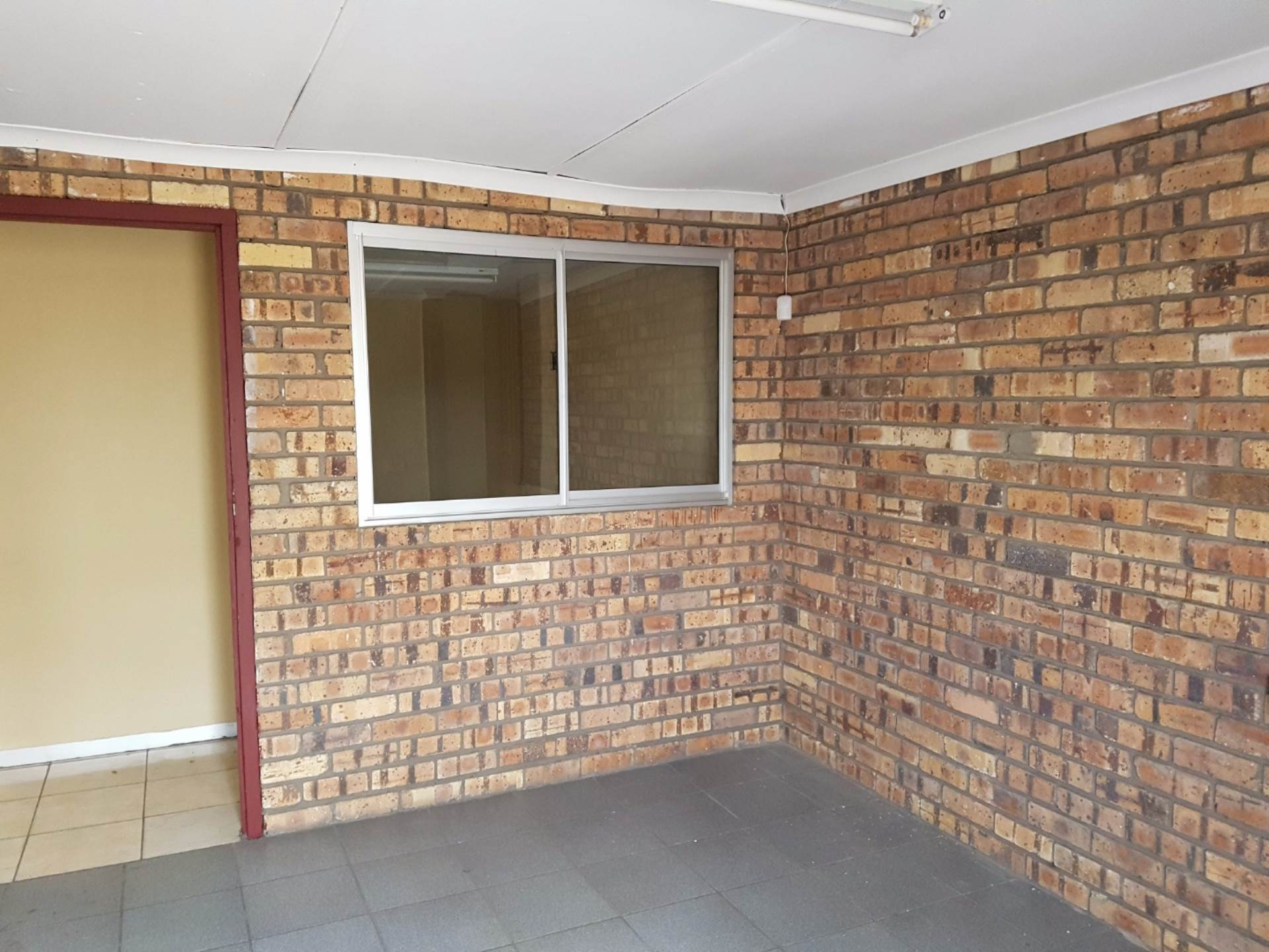 Office To Rent In Alton