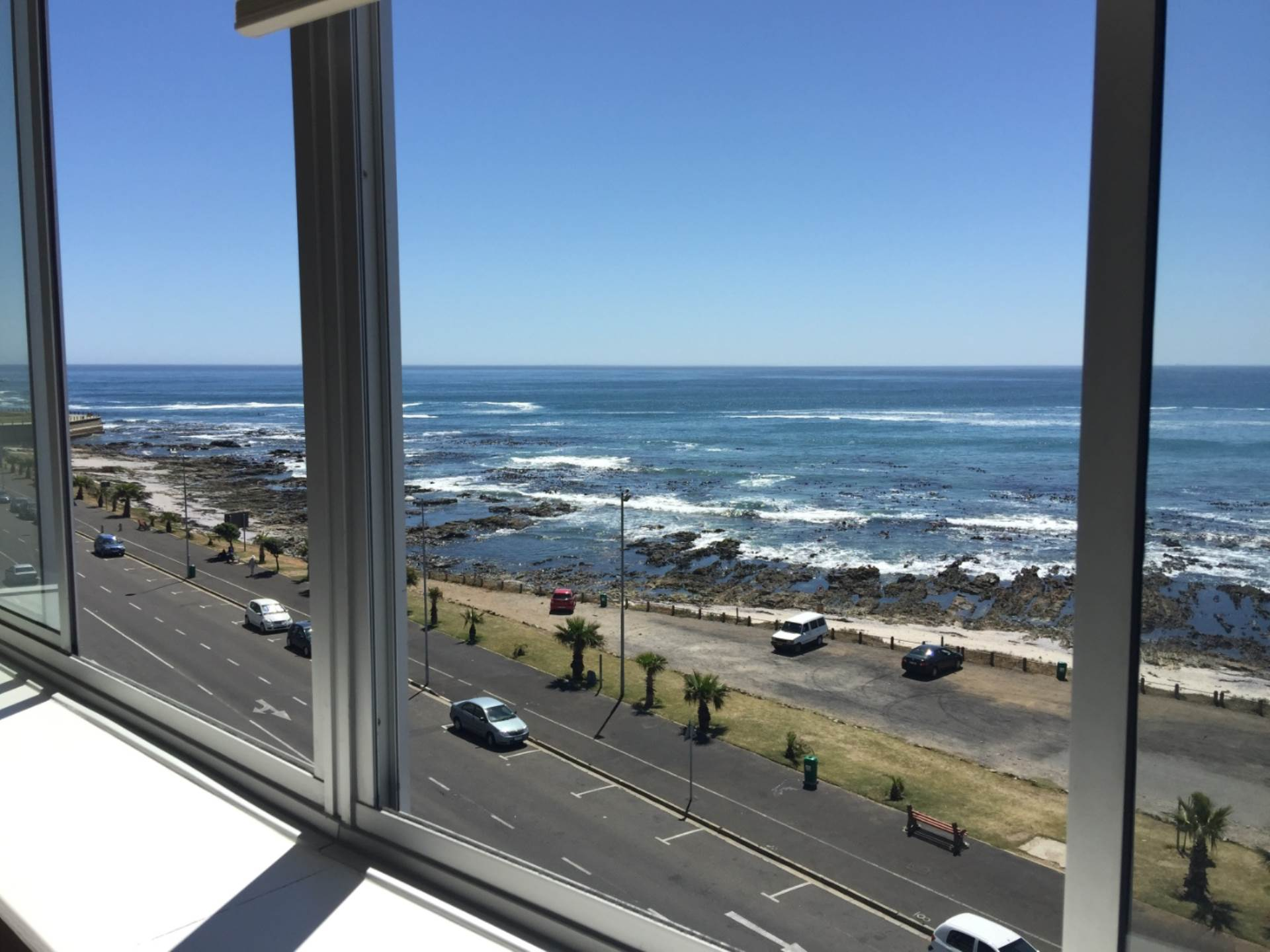 Cape Town, Mouille Point Property  | Houses To Rent Mouille Point, MOUILLE POINT, Apartment 3 bedrooms property to rent Price:, 25,00*