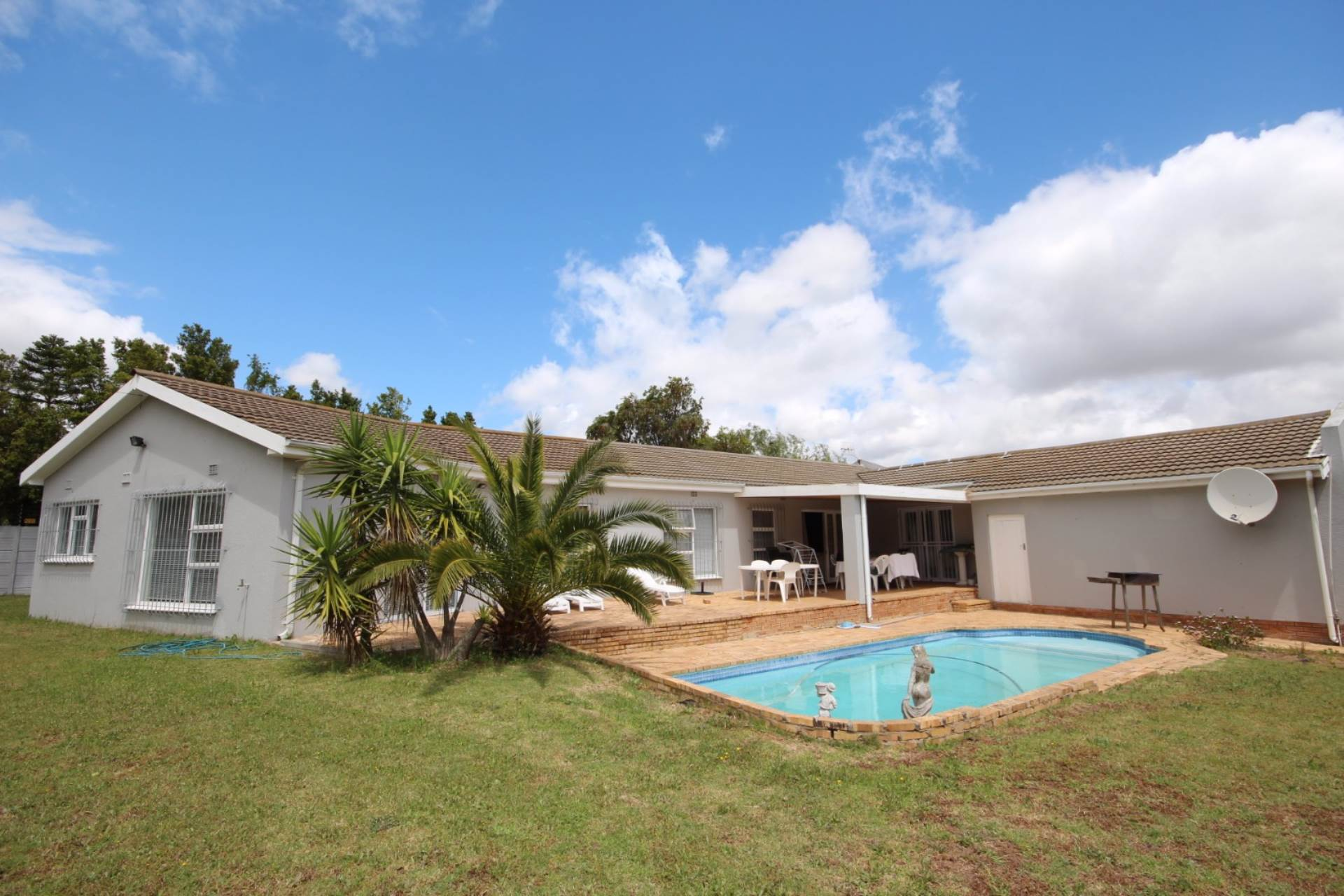 4 BedroomHouse For Sale In Goedemoed