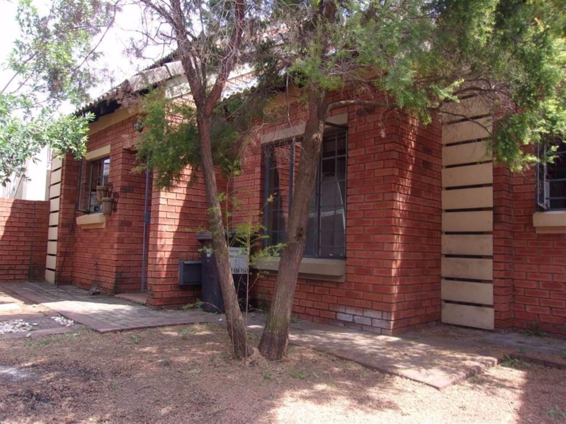 Eco Park property for sale. Ref No: 13546641. Picture no 11