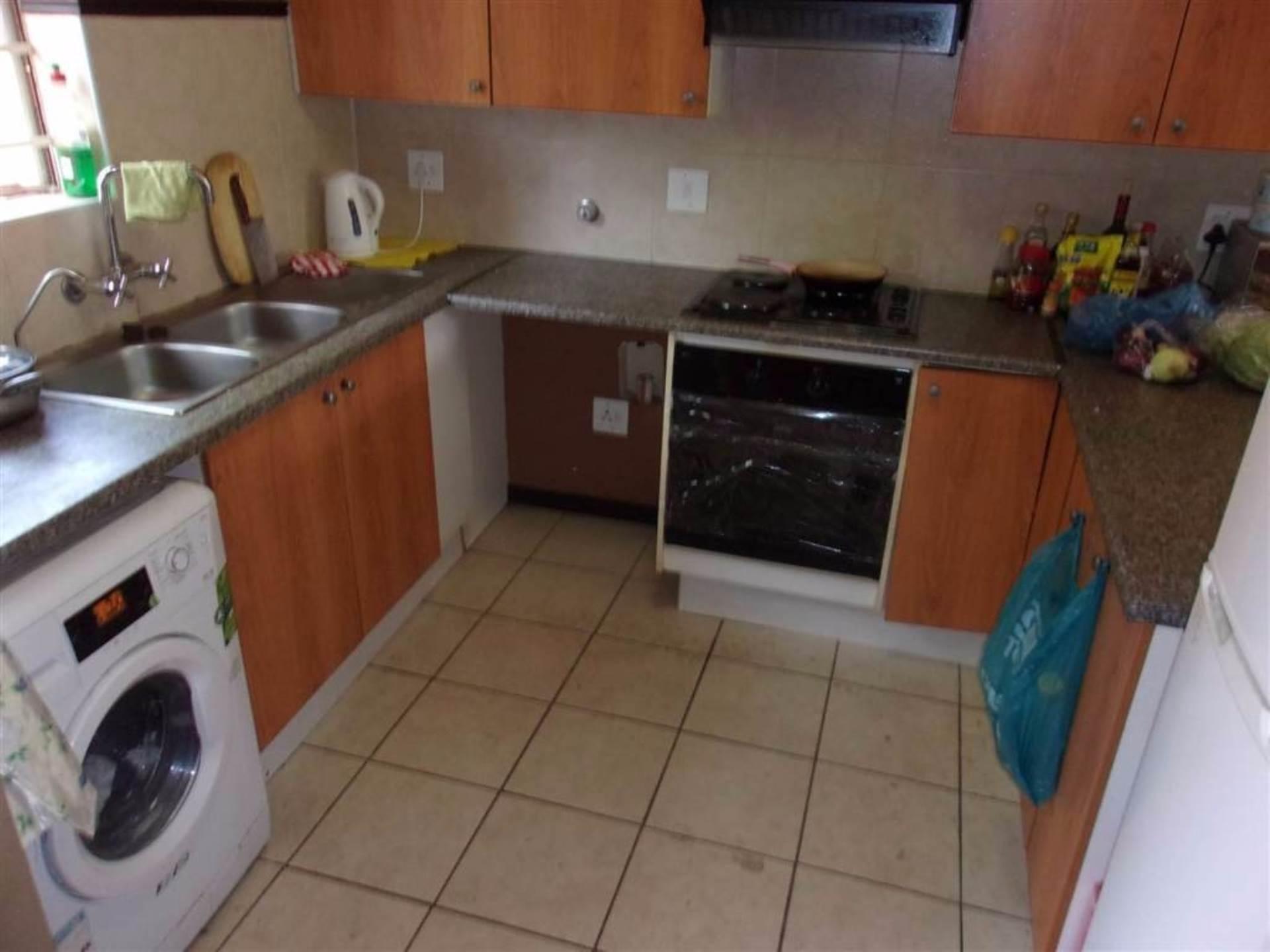 Eco Park property for sale. Ref No: 13546641. Picture no 2