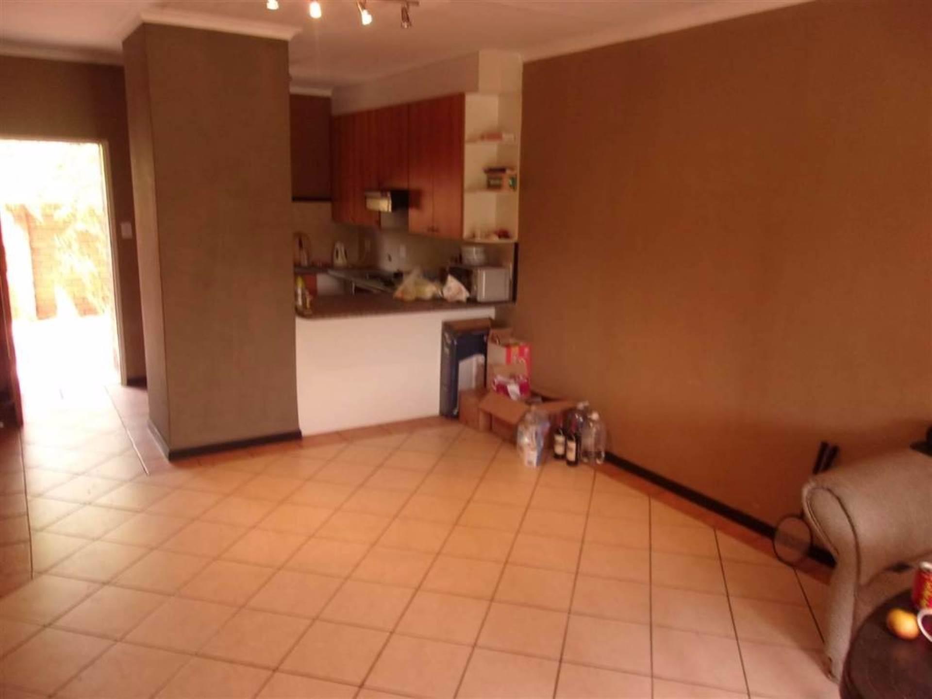 Eco Park property for sale. Ref No: 13546641. Picture no 5