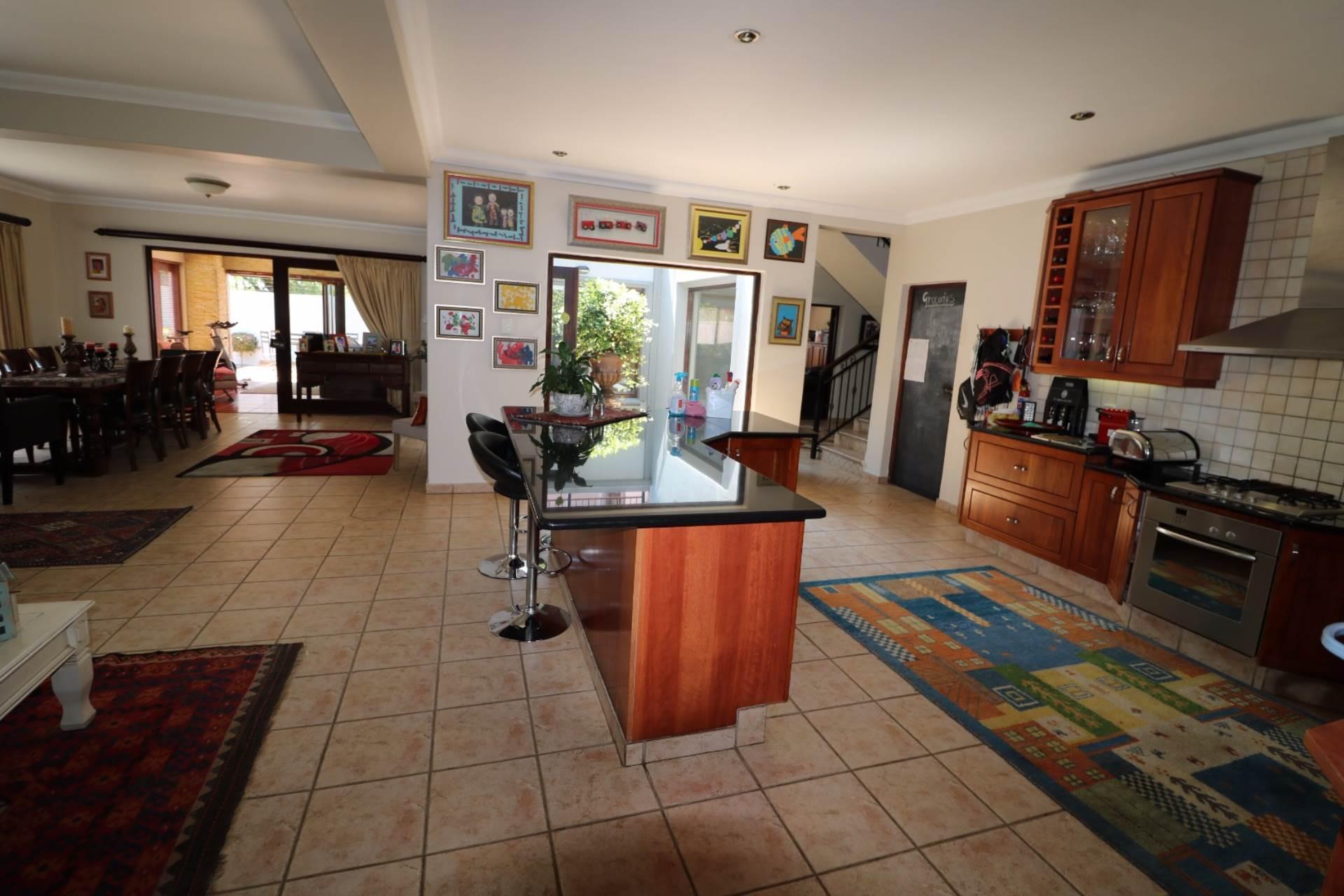 Woodhill Golf Estate property for sale. Ref No: 13547148. Picture no 6