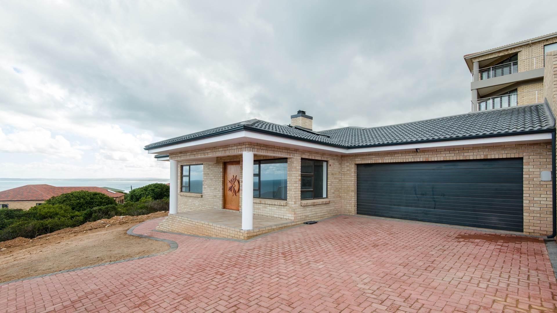 3 BedroomTownhouse To Rent In Dana Bay
