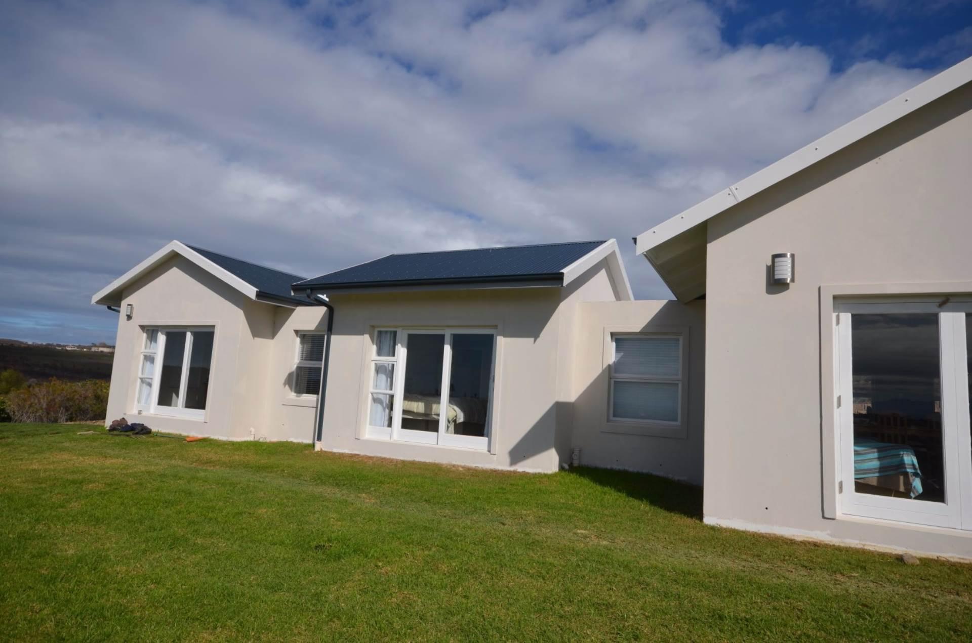 3 BedroomHouse For Sale In Brackenridge