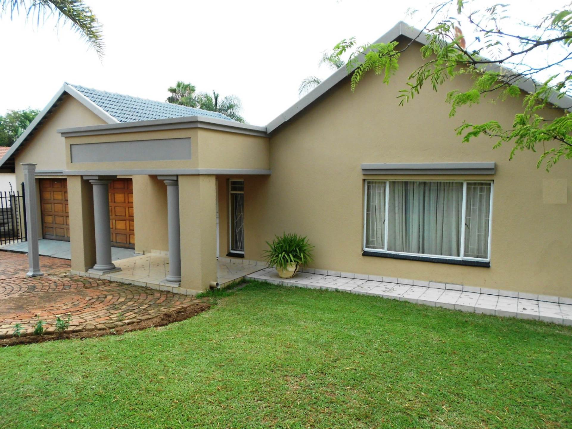 Property and Houses for sale in Lynnwood Ridge, House, 4 Bedrooms - ZAR 2,180,000