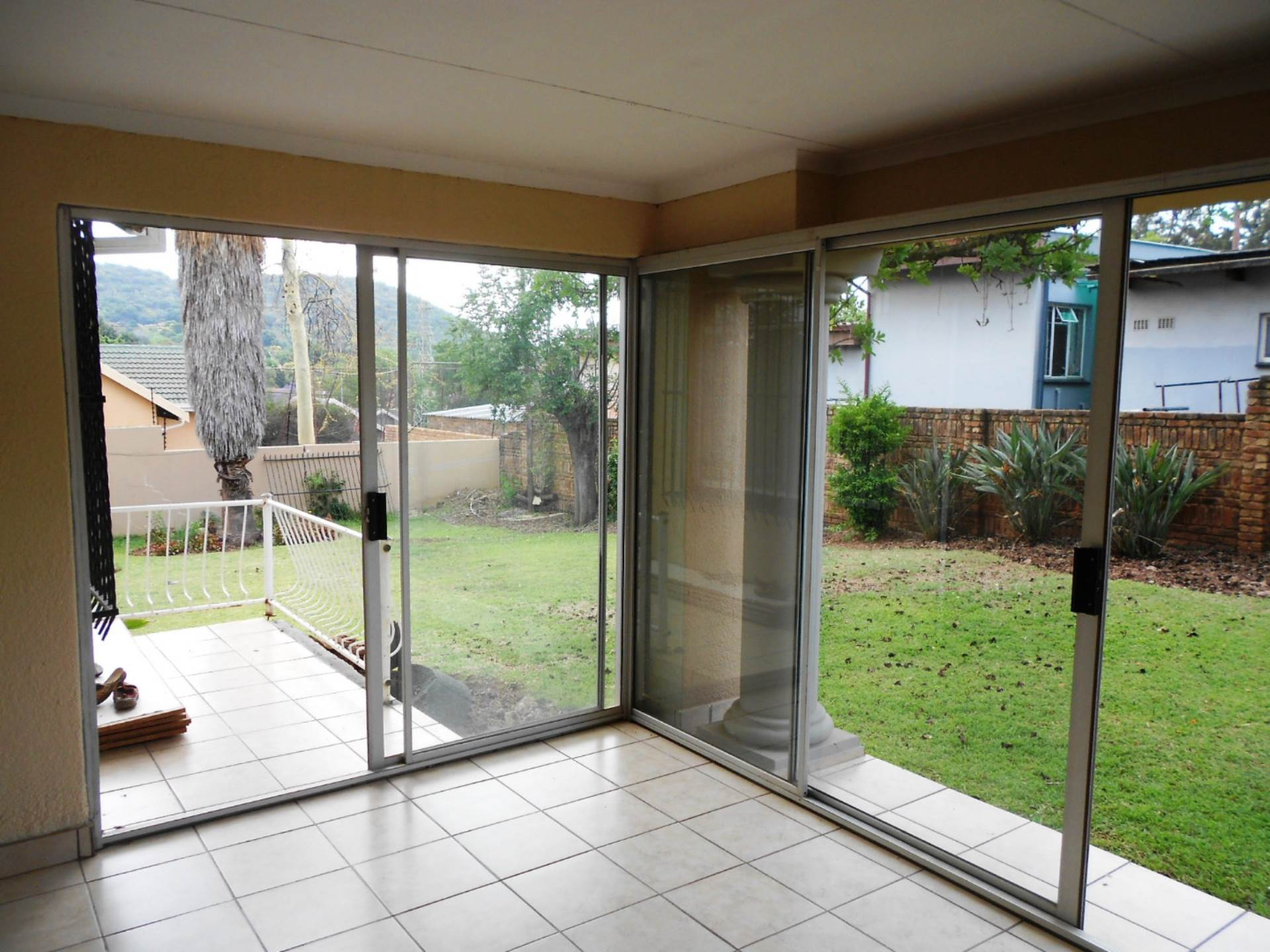 Lynnwood Ridge property for sale. Ref No: 13549920. Picture no 3