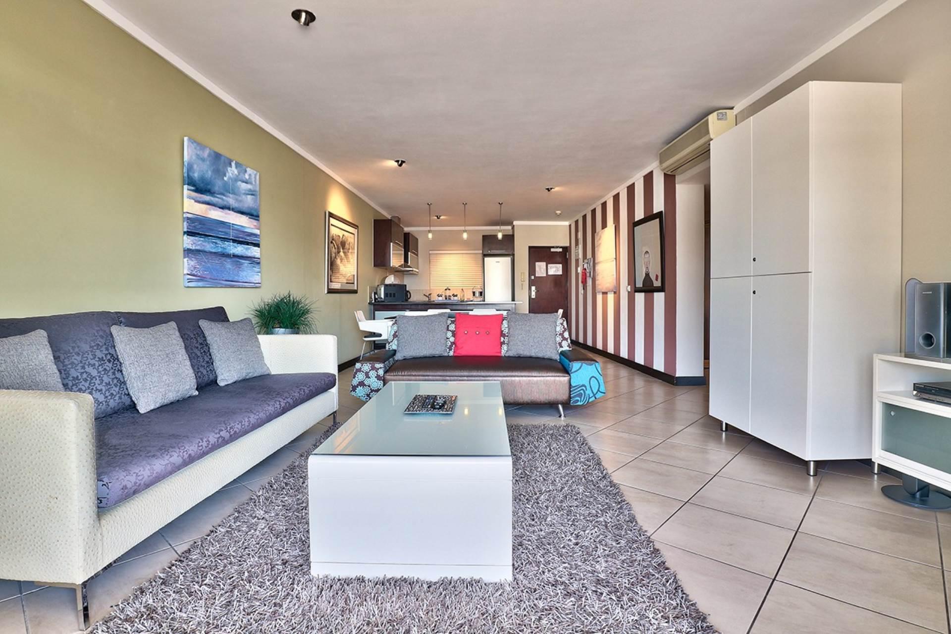 Cape Town property for sale. Ref No: 13549999. Picture no 8