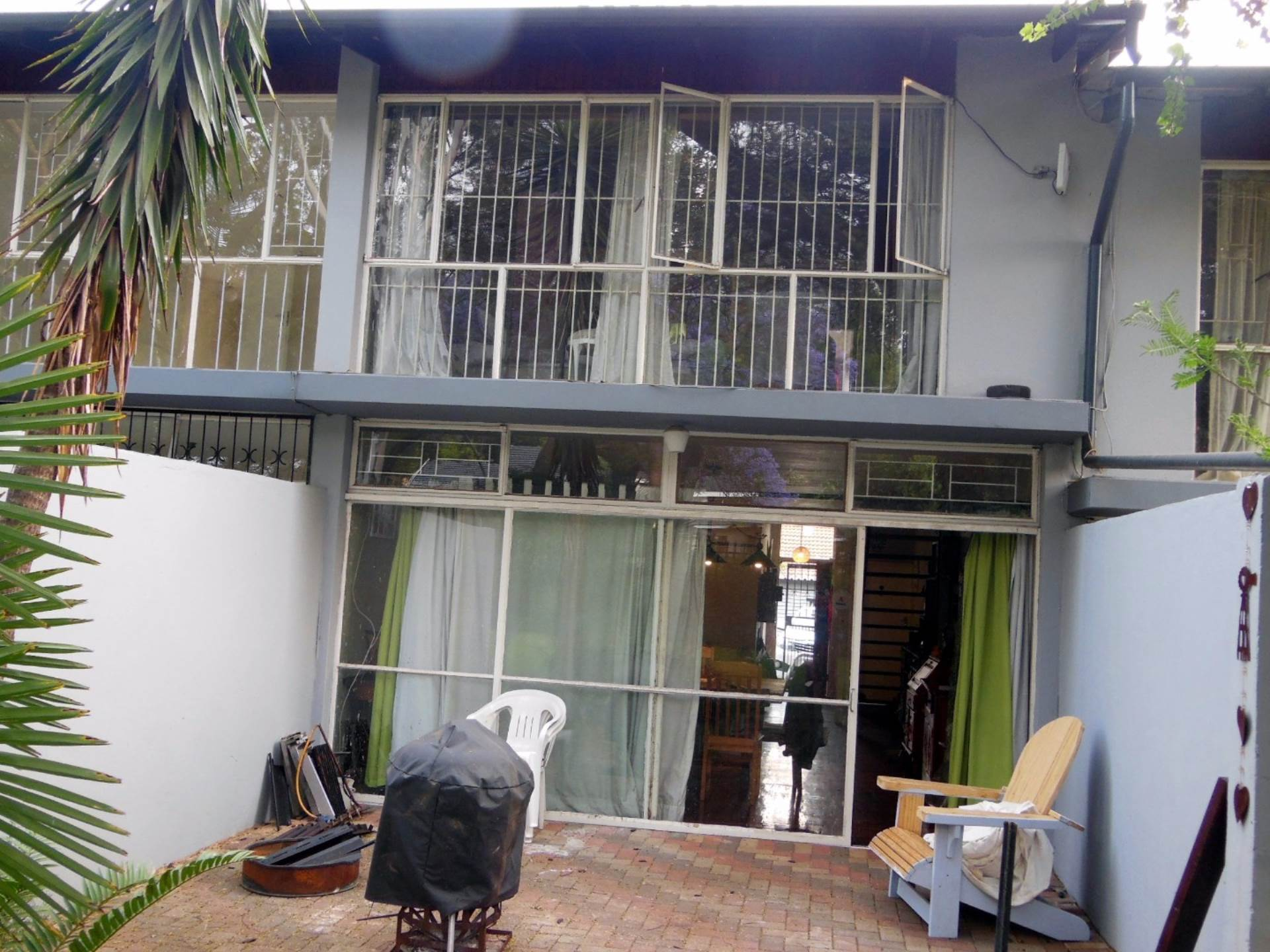 Property and Houses for sale in Murrayfield, Townhouse, 2 Bedrooms - ZAR 825,000