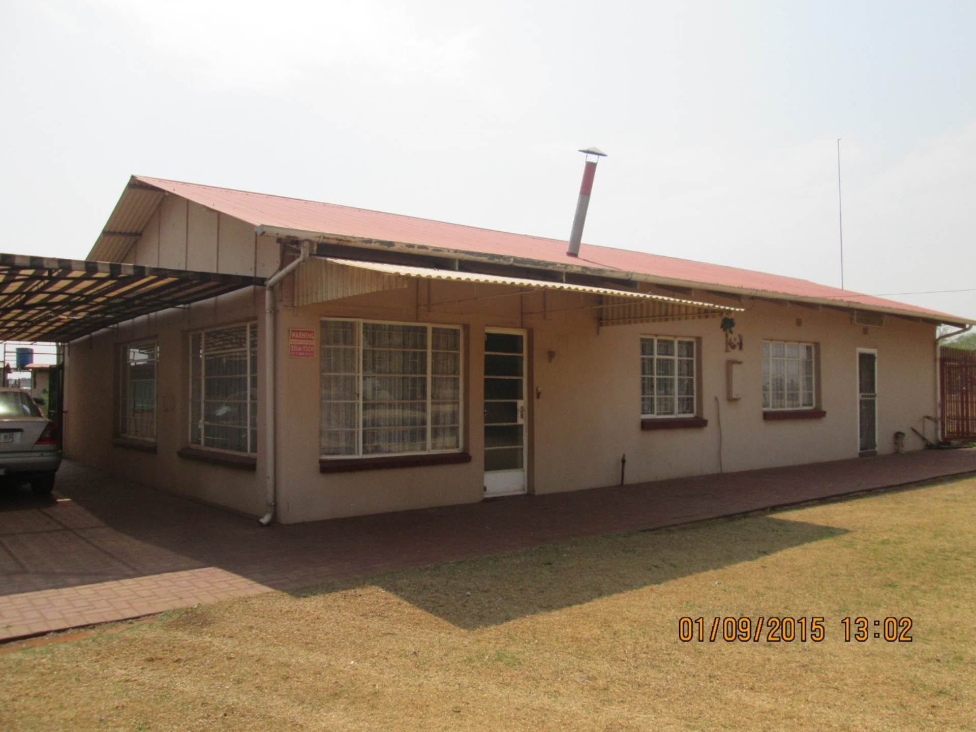 4 BedroomSmall Holding For Sale In Eloff