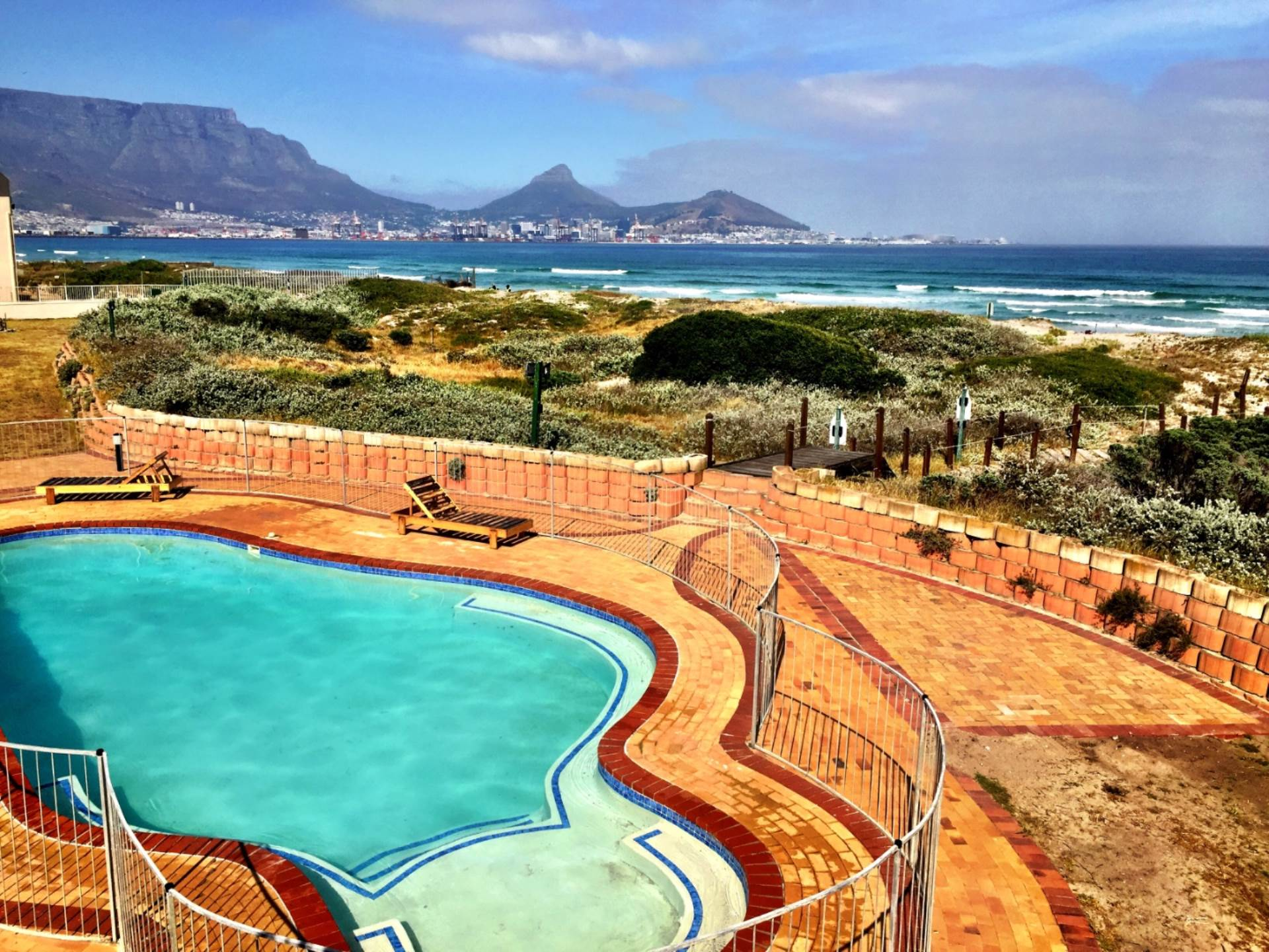 Lagoon Beach property for sale. Ref No: 13550564. Picture no 8