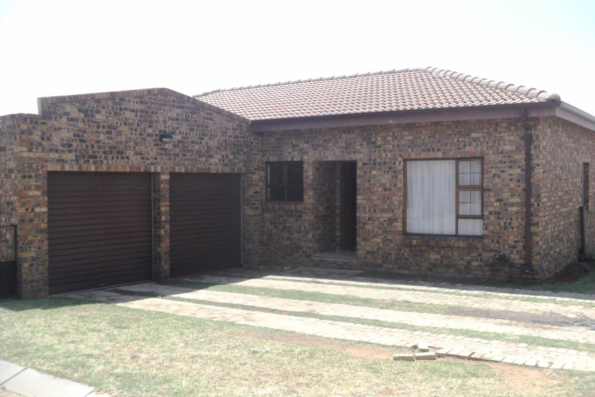 3 BedroomTownhouse For Sale In Kriel