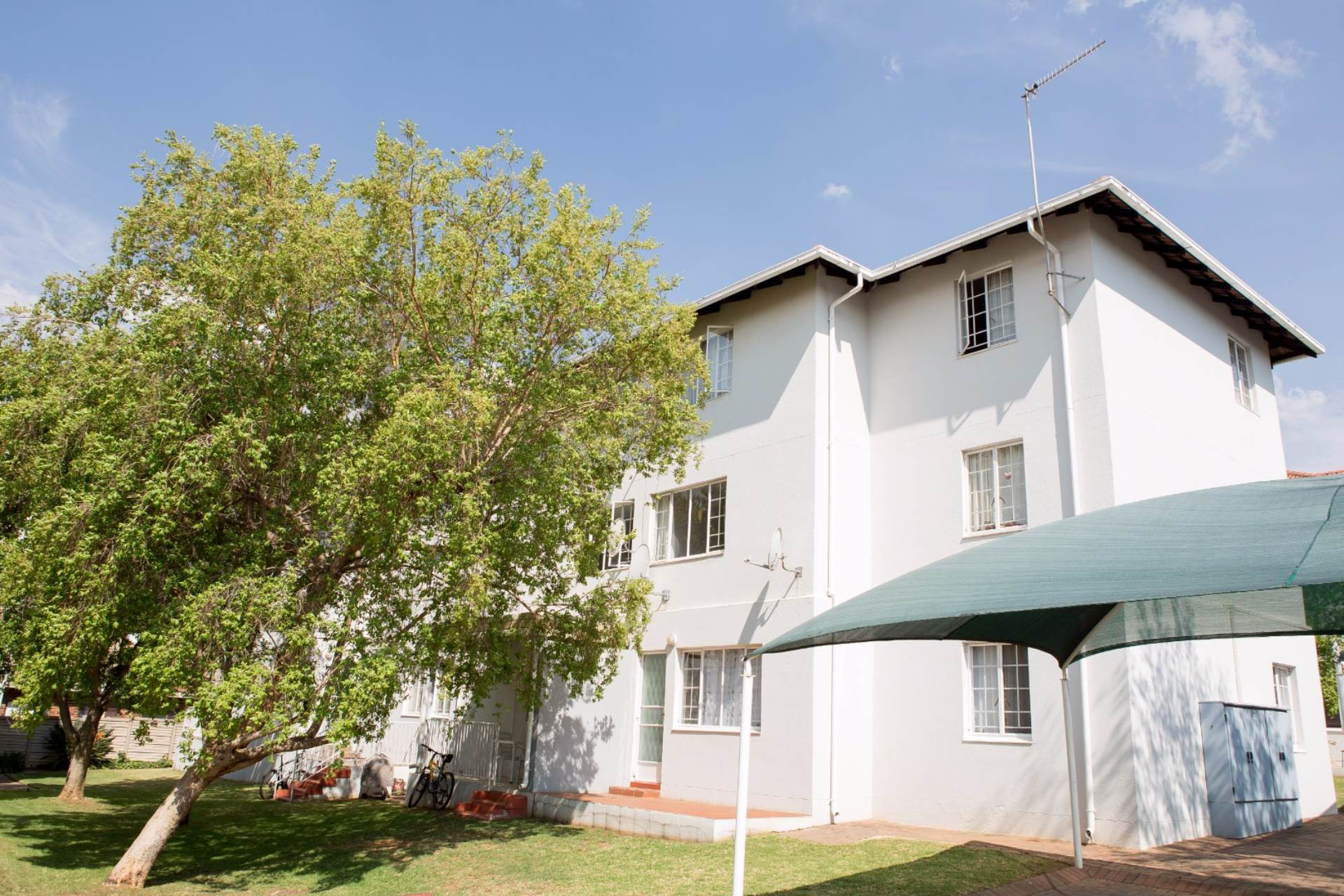 Groenkloof property to rent. Ref No: 13551098. Picture no 11