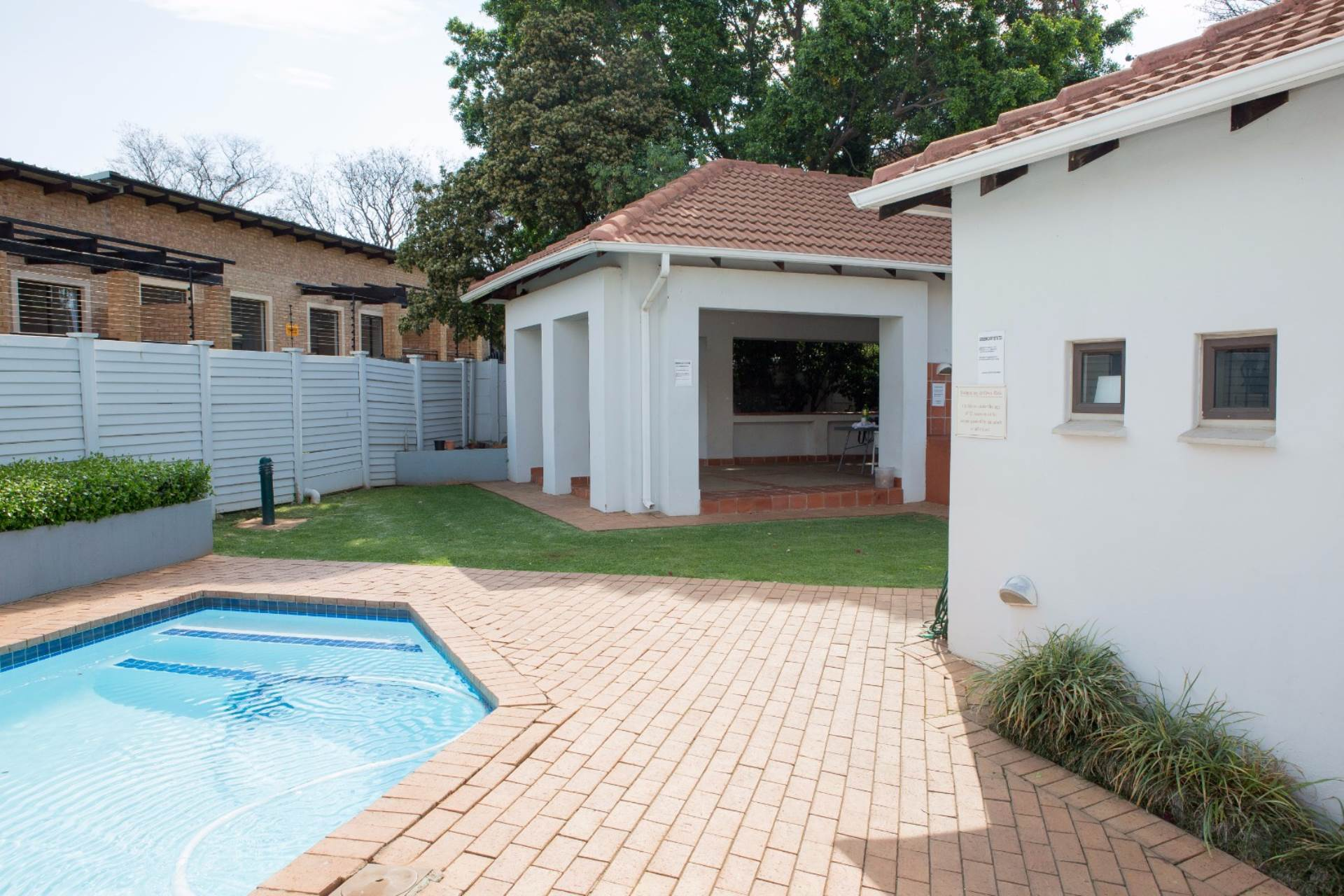 Groenkloof property to rent. Ref No: 13551098. Picture no 7