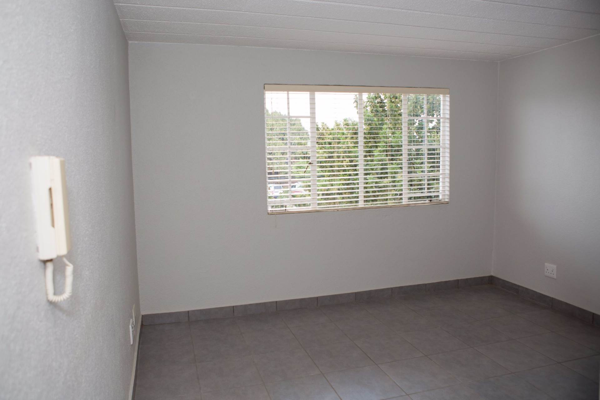 Groenkloof property to rent. Ref No: 13551098. Picture no 6