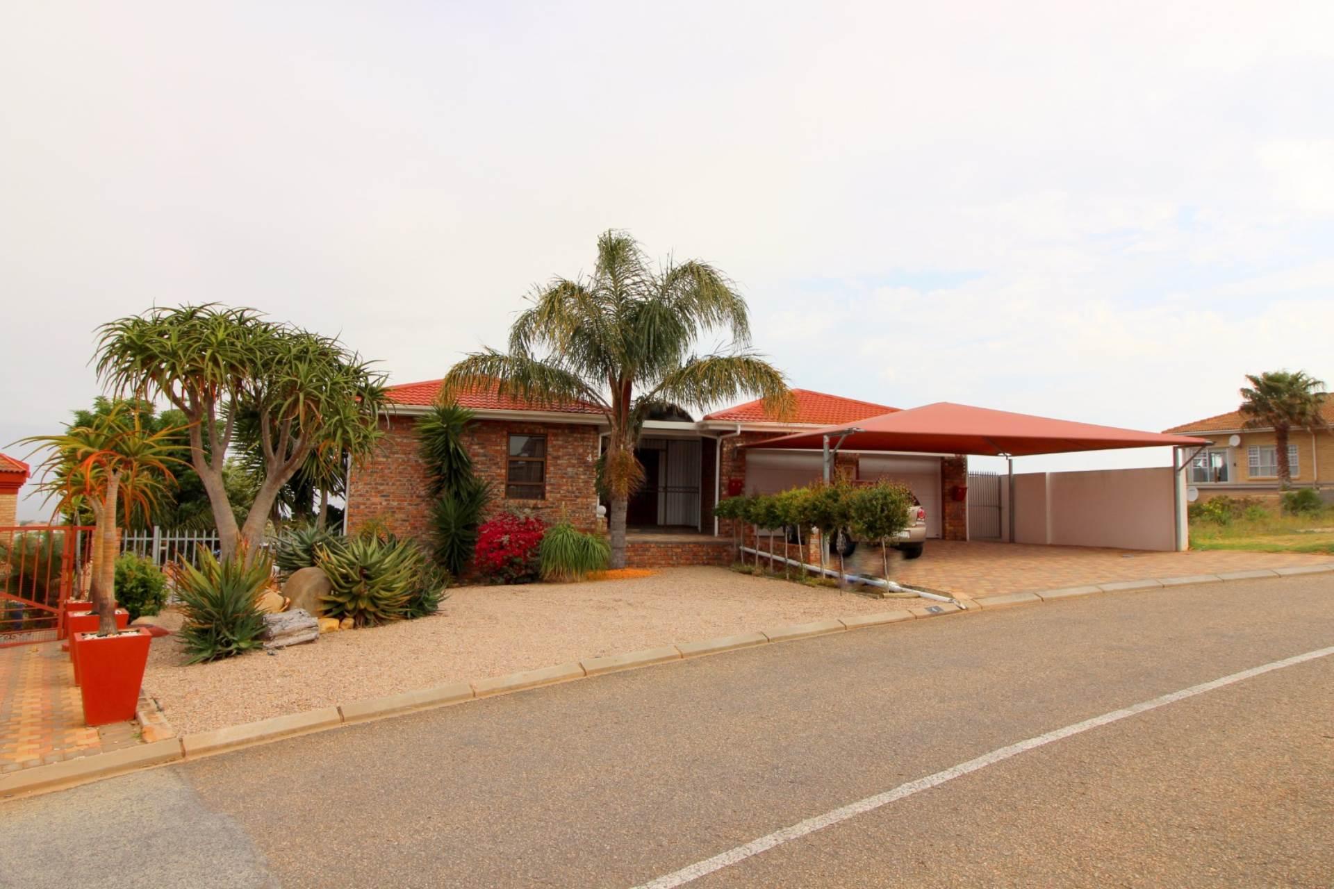 6 BedroomHouse For Sale In Menkenkop