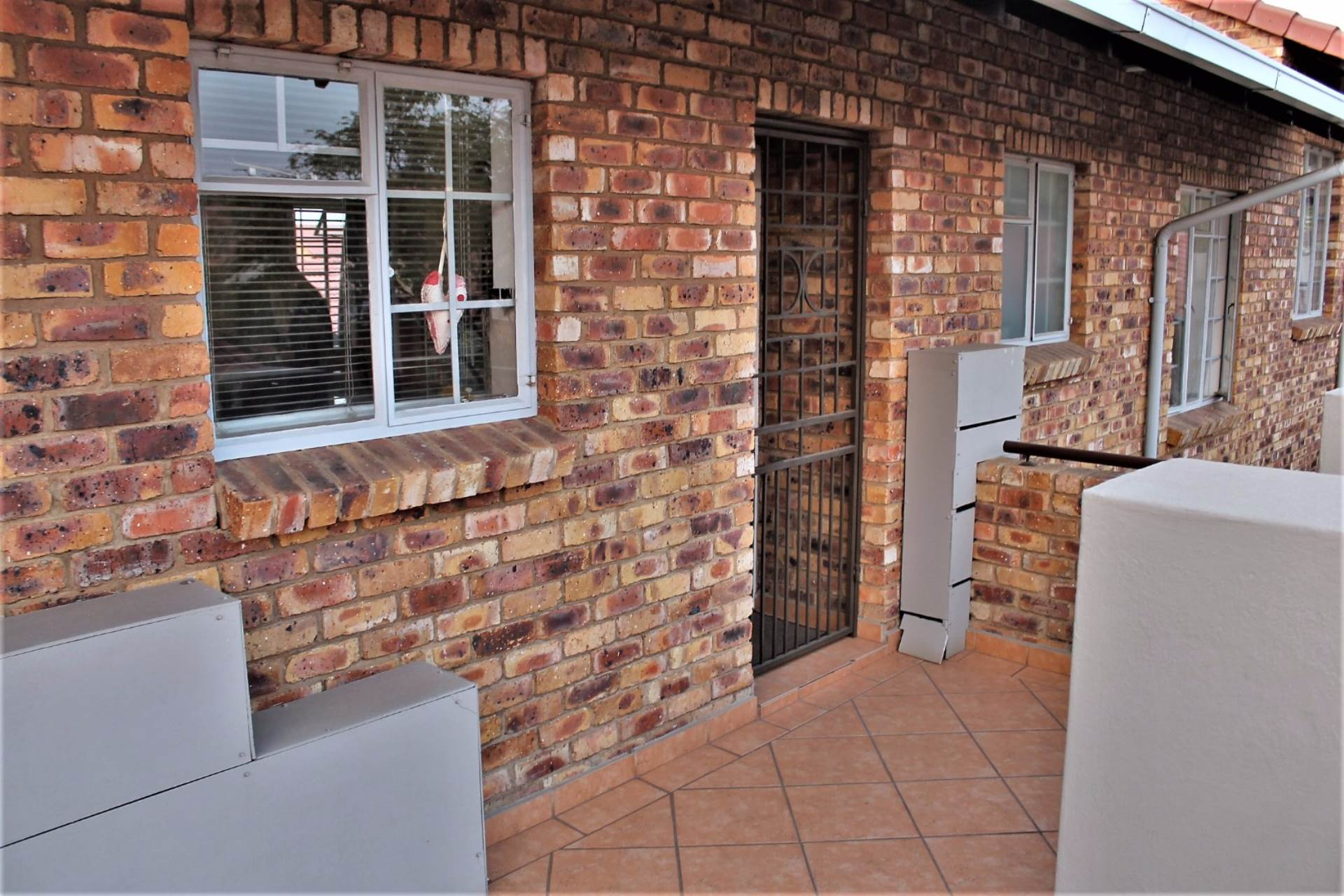 Theresapark property for sale. Ref No: 13551510. Picture no 16