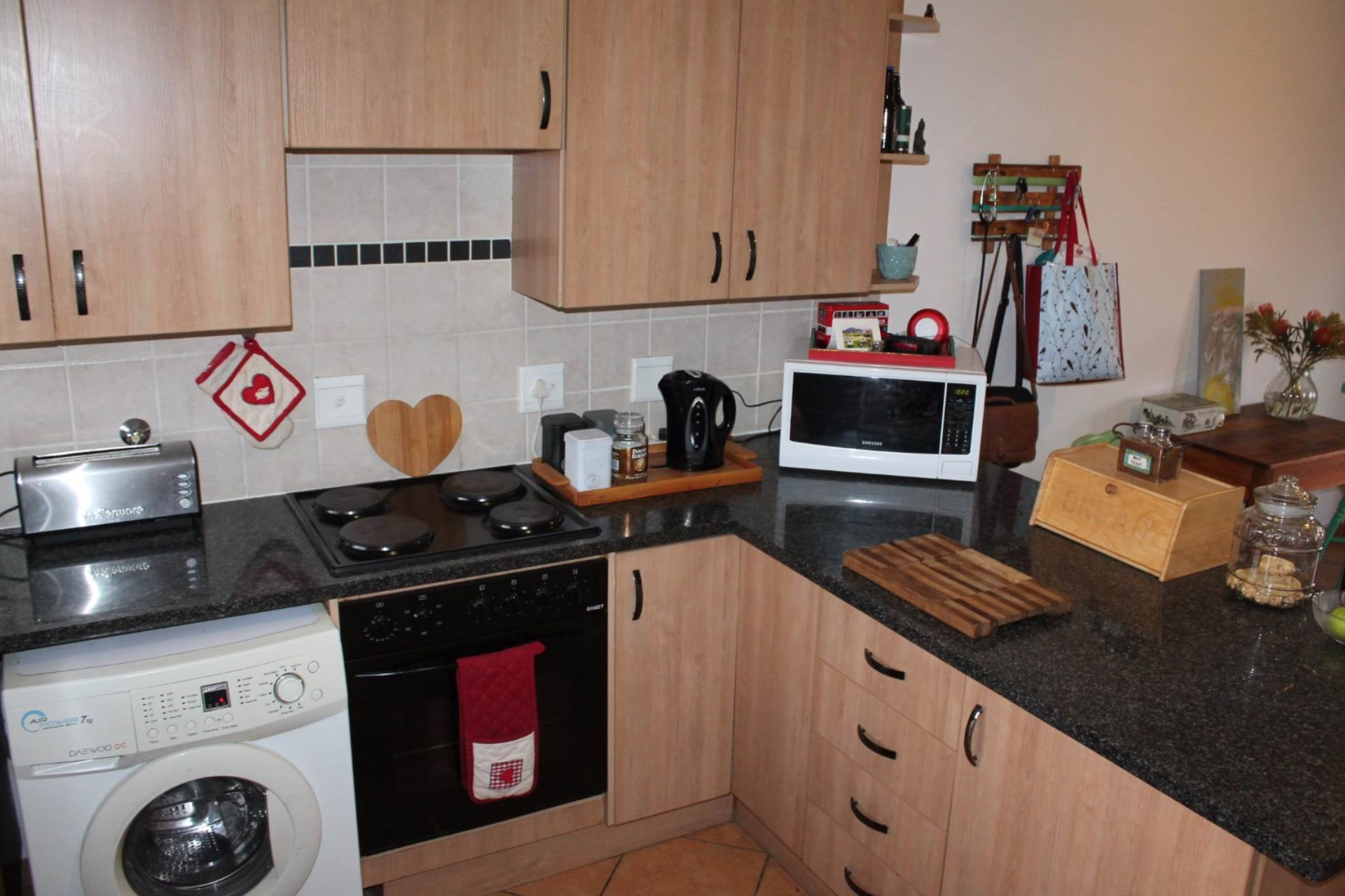 Theresapark property for sale. Ref No: 13551510. Picture no 14