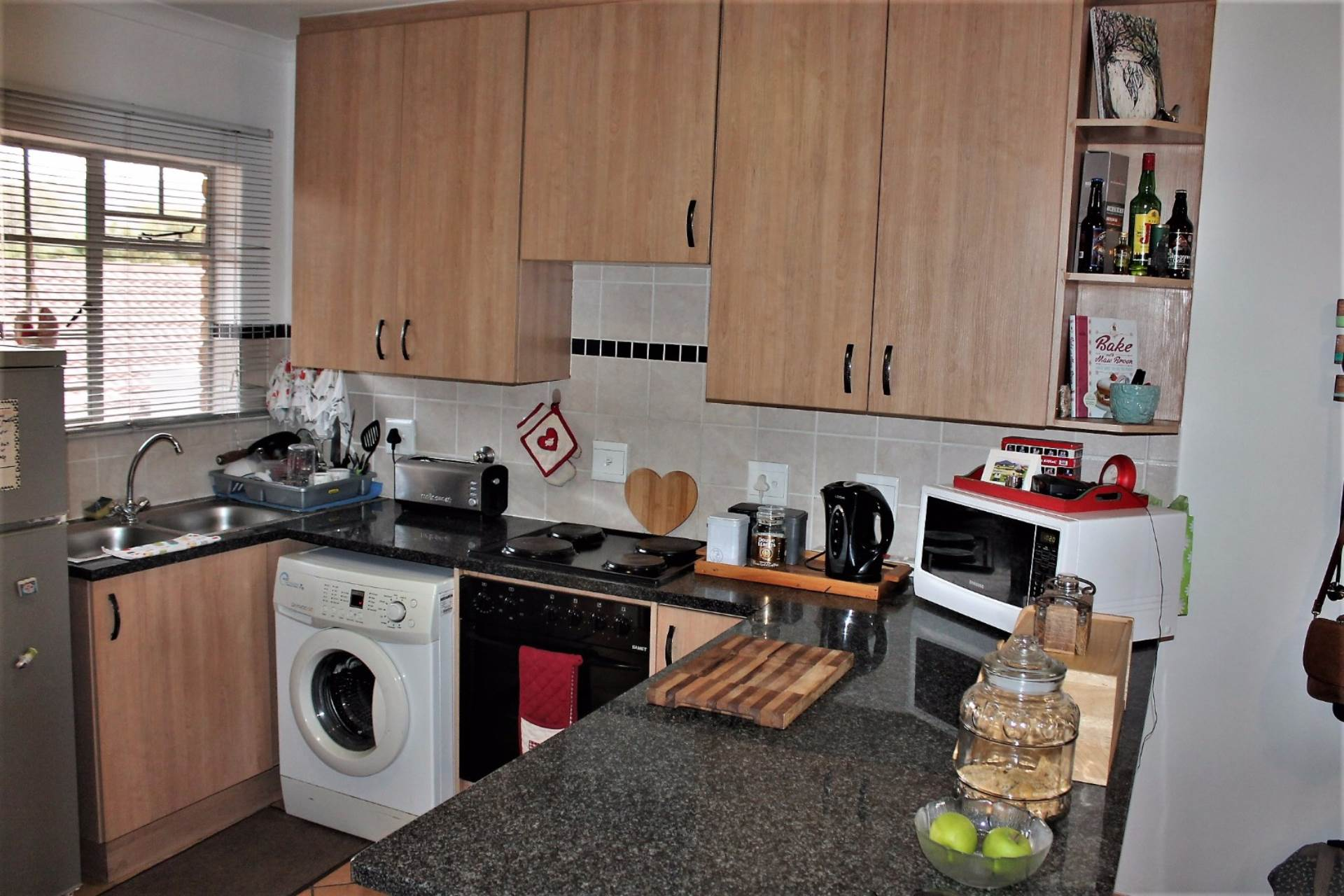 Theresapark property for sale. Ref No: 13551510. Picture no 4