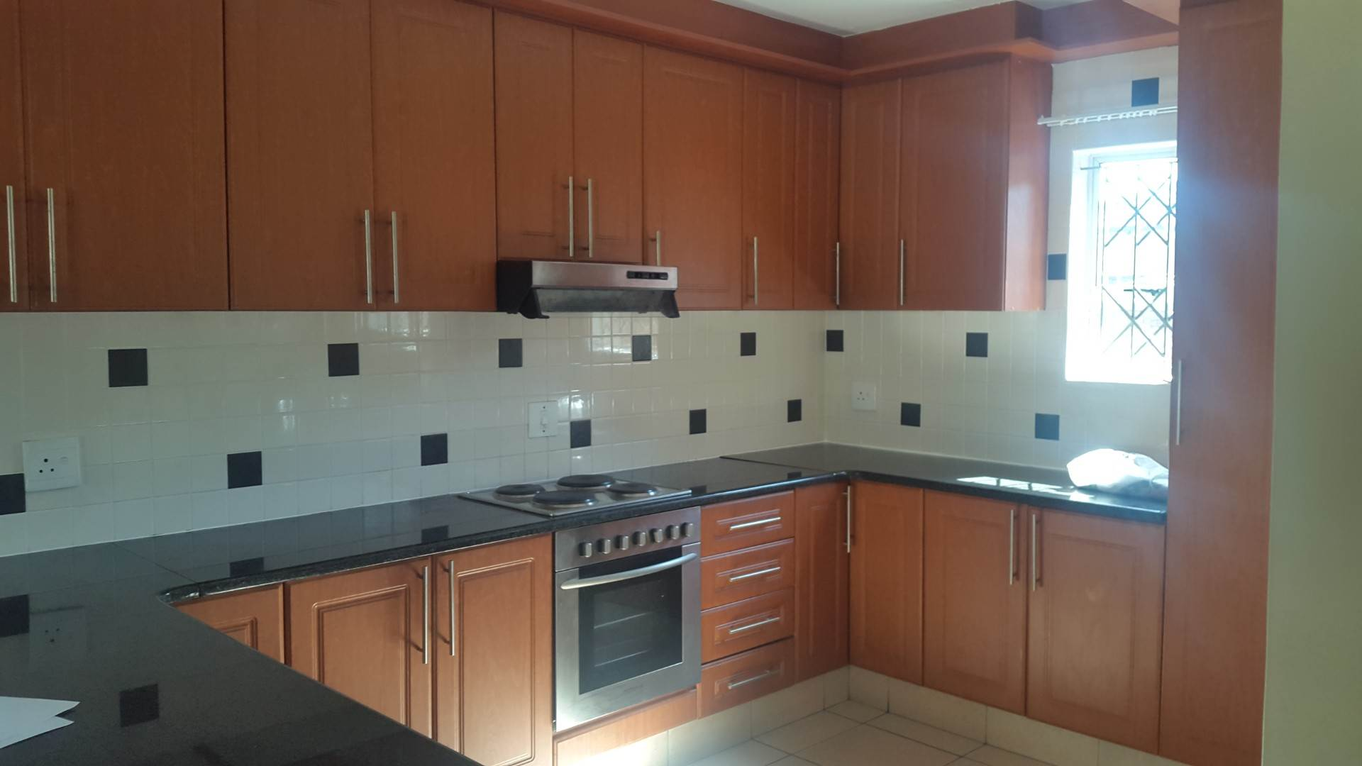 3 BedroomTownhouse To Rent In Arboretum