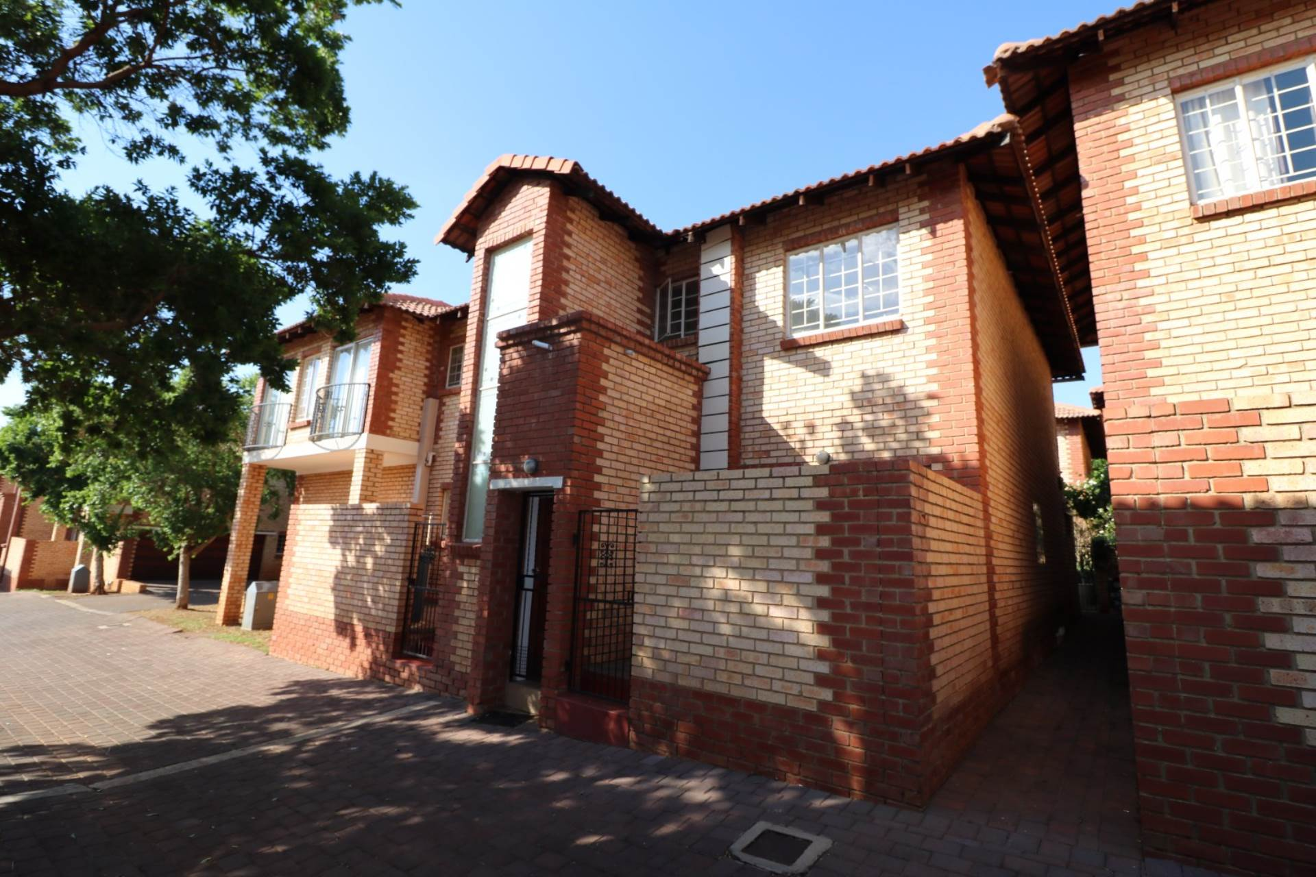 Pretoria, The Wilds Property  | Houses For Sale The Wilds, THE WILDS, Townhouse 2 bedrooms property for sale Price:1,300,000