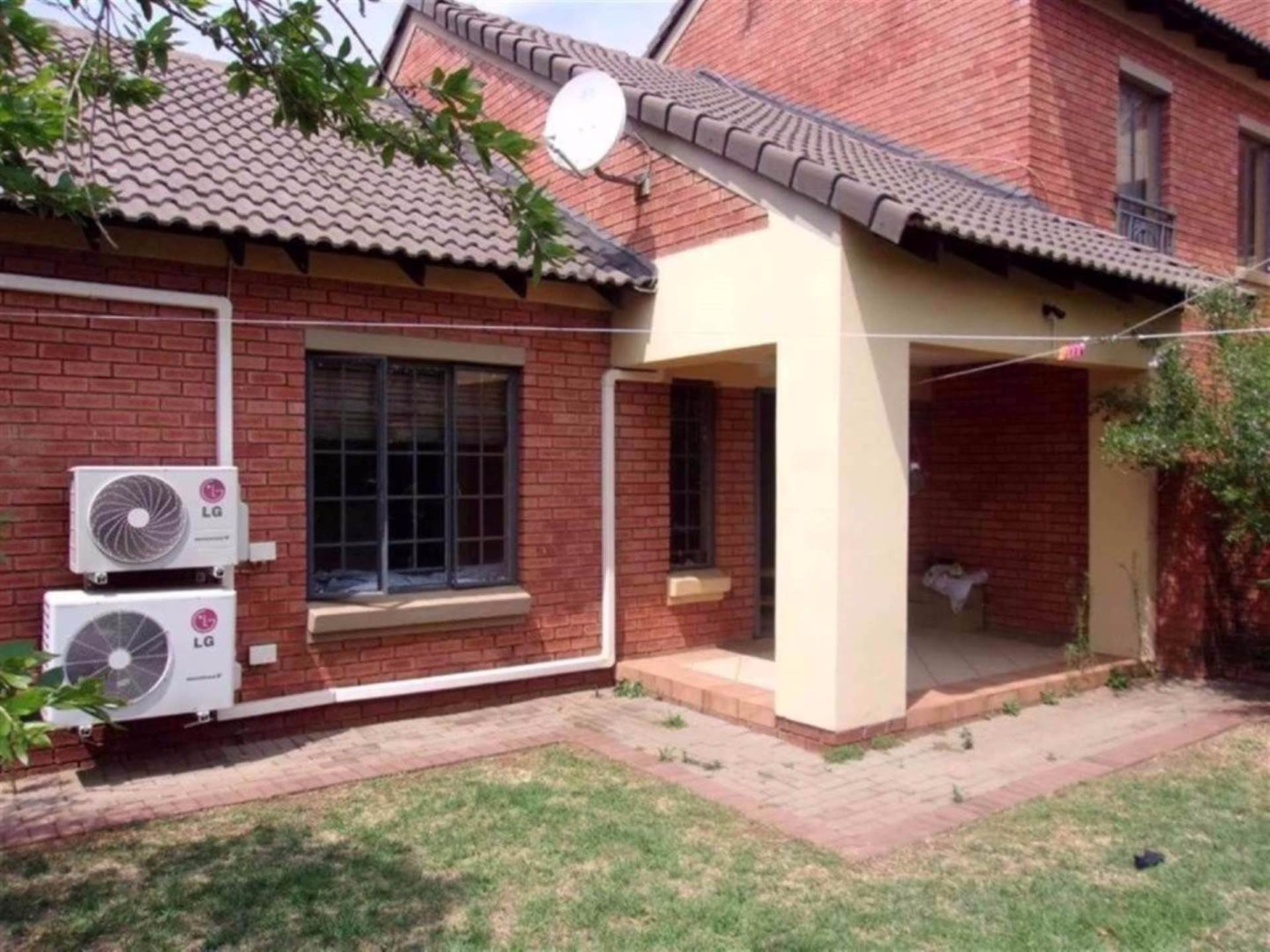 Centurion, Eco Park Property  | Houses For Sale Eco Park, ECO PARK, Townhouse 3 bedrooms property for sale Price:1,290,000