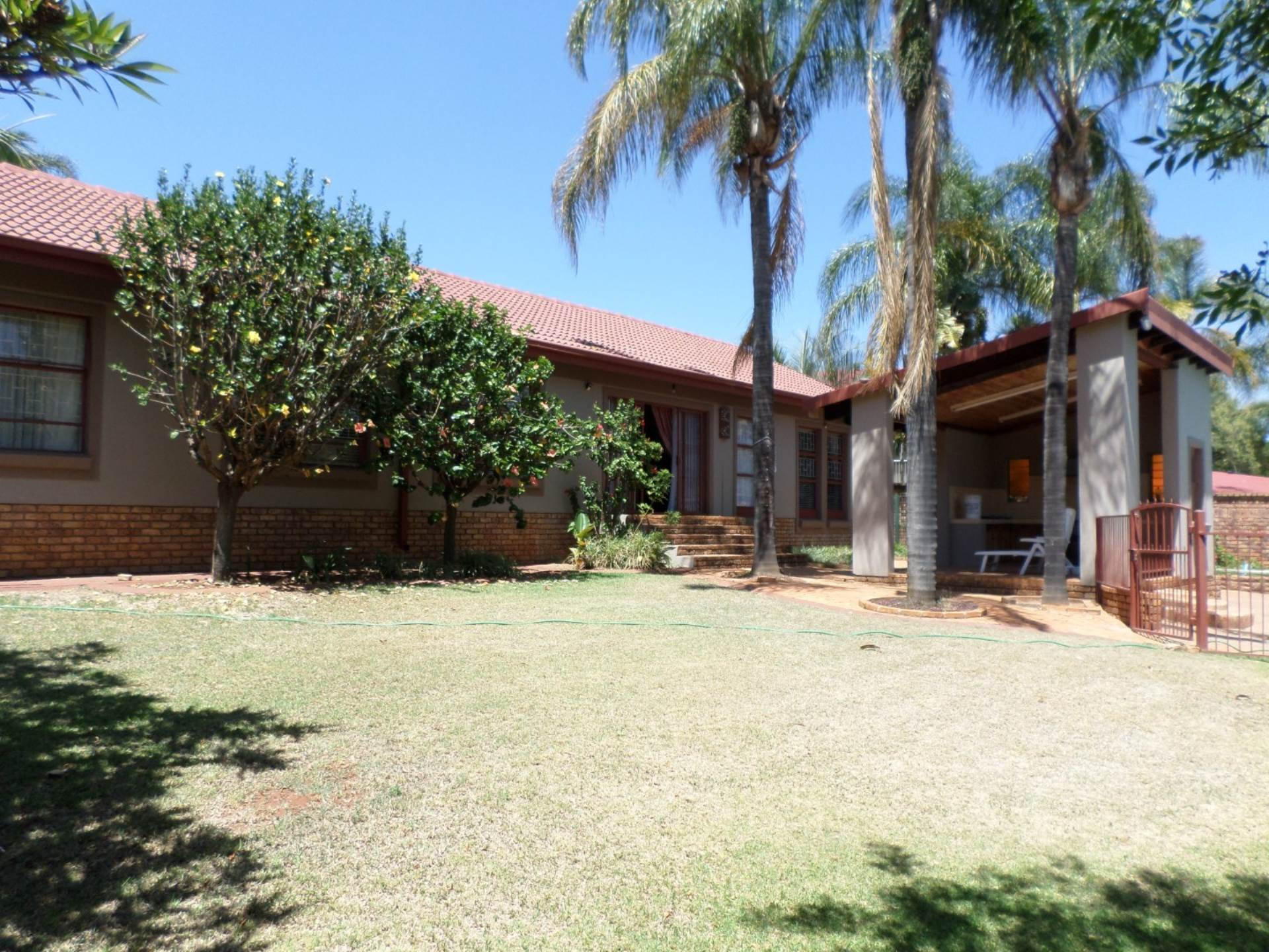 4 BedroomHouse For Sale In Amandasig