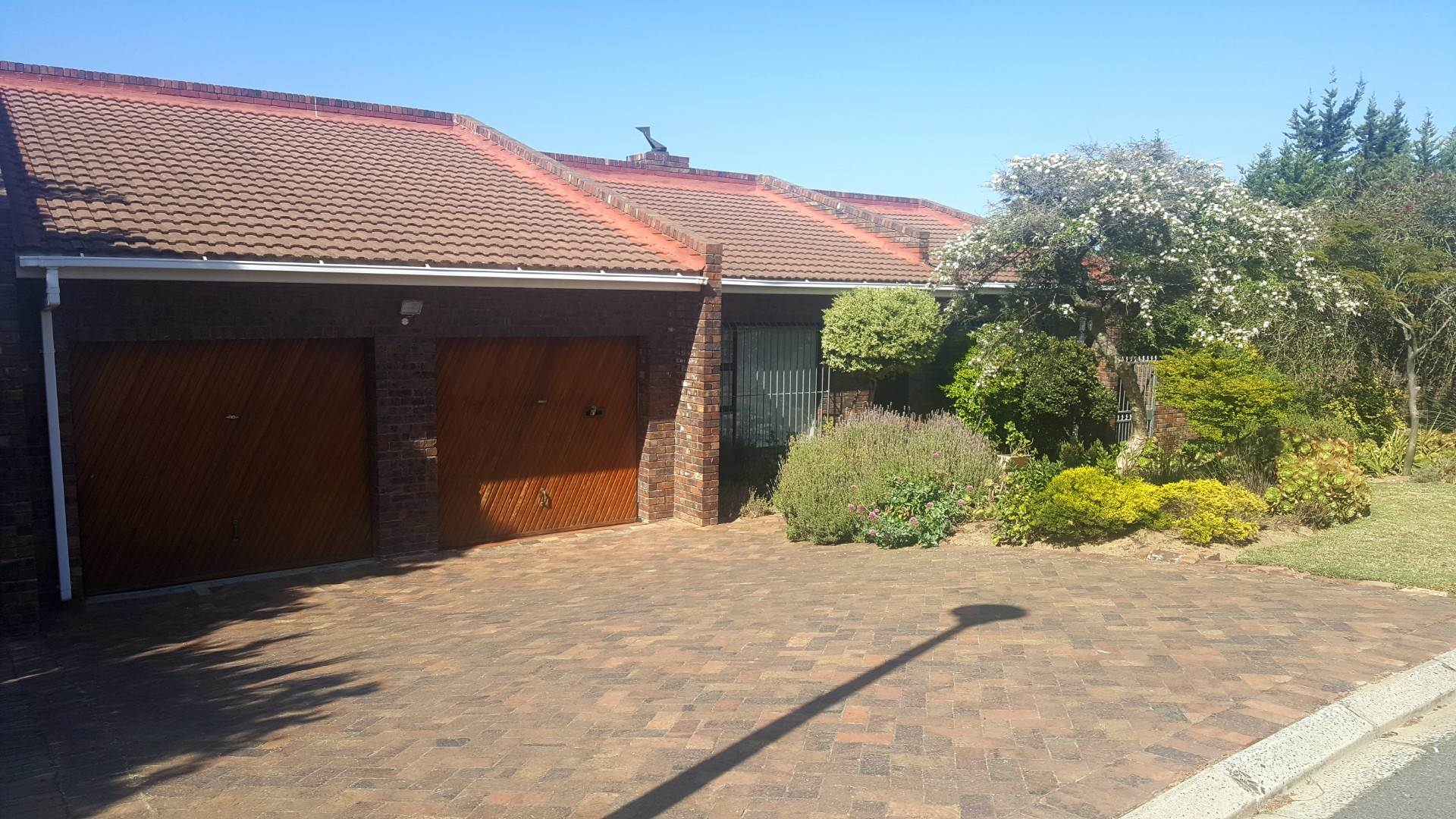 3 BedroomHouse For Sale In Plattekloof Ext 3