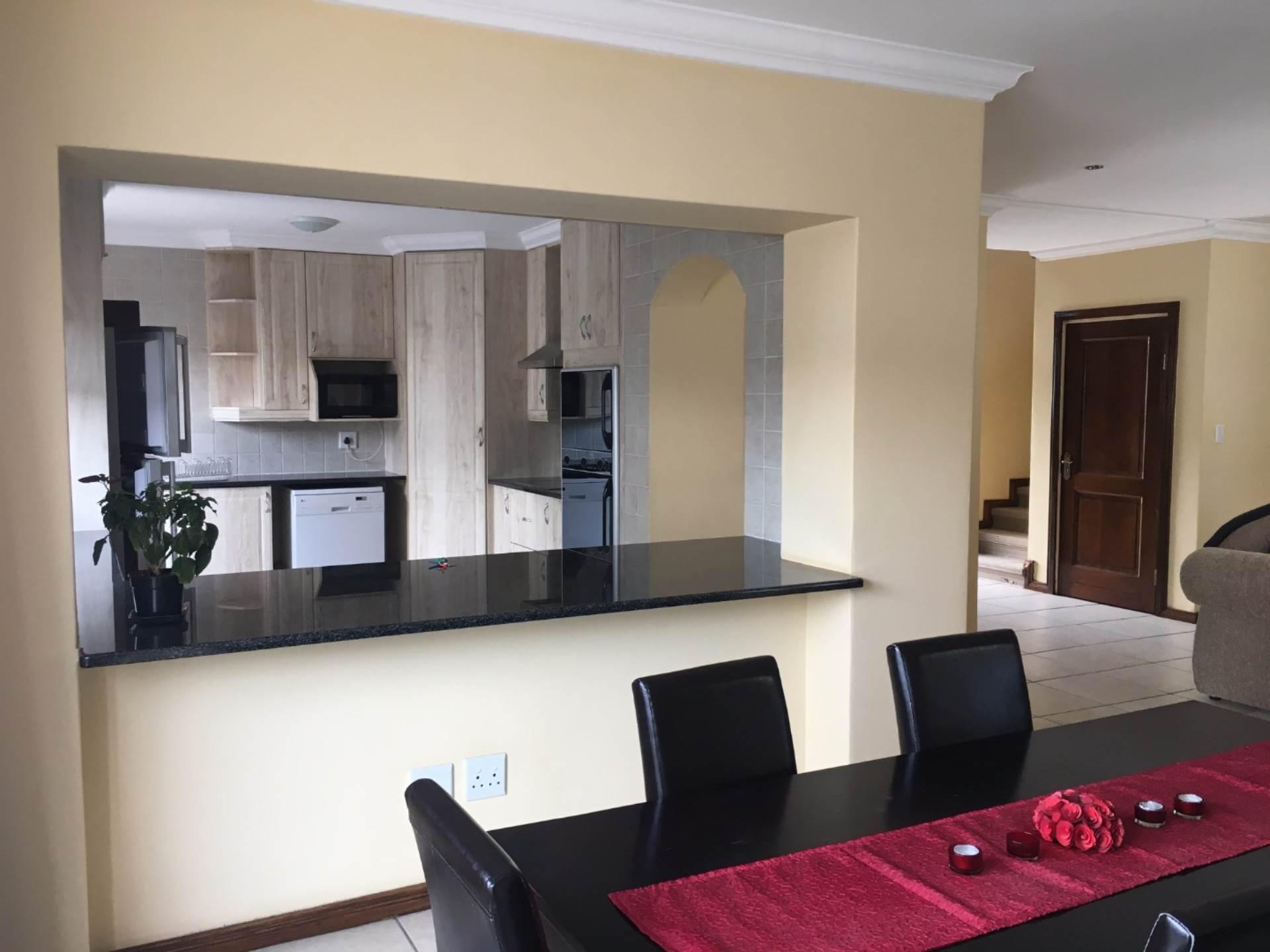 Pretoria, Waterkloof Ridge Property    Houses To Rent Waterkloof Ridge, WATERKLOOF RIDGE, House 3 bedrooms property to rent Price:, 25,00*