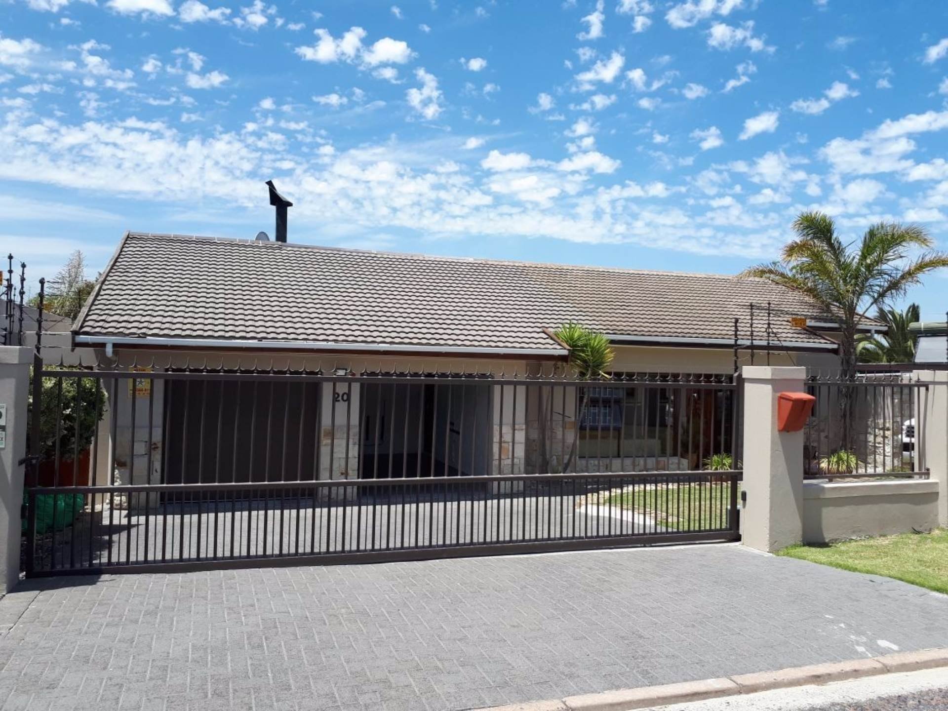 3 BedroomHouse For Sale In Flamingo Vlei