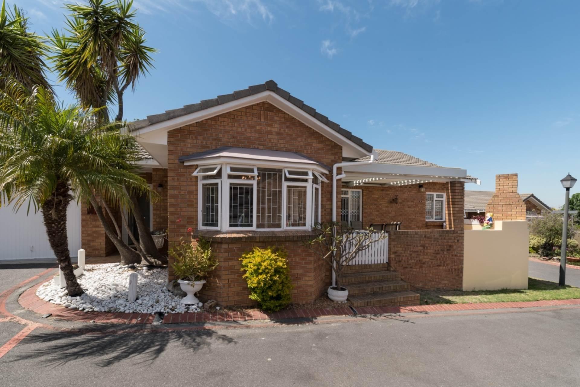 2 BedroomHouse For Sale In Kenridge