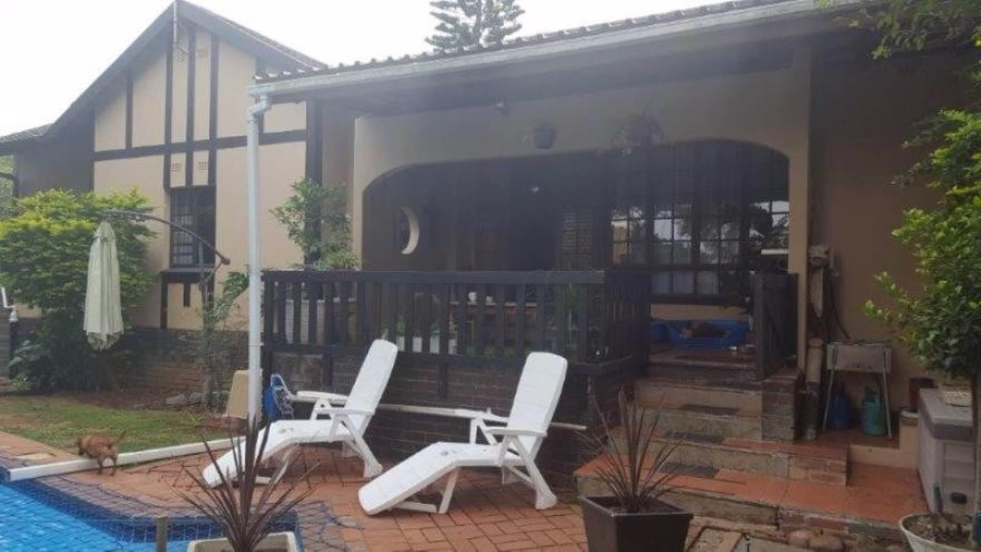 3 BedroomTownhouse For Sale In Amanzimtoti
