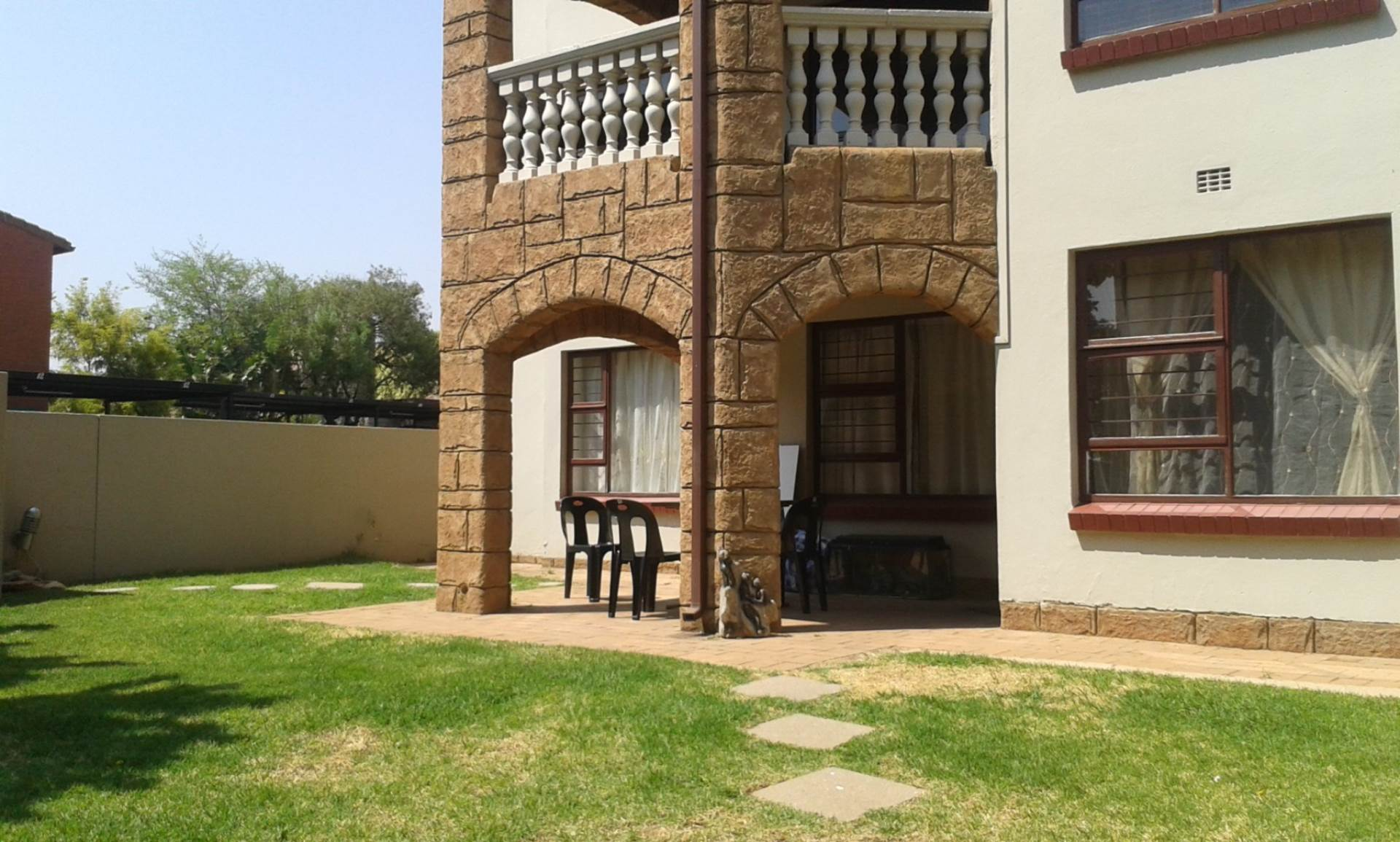 3 BedroomApartment To Rent In Morningside