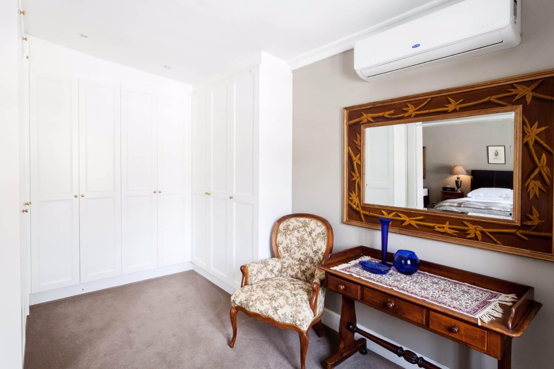 Oranjezicht property for sale. Ref No: 13554333. Picture no 19