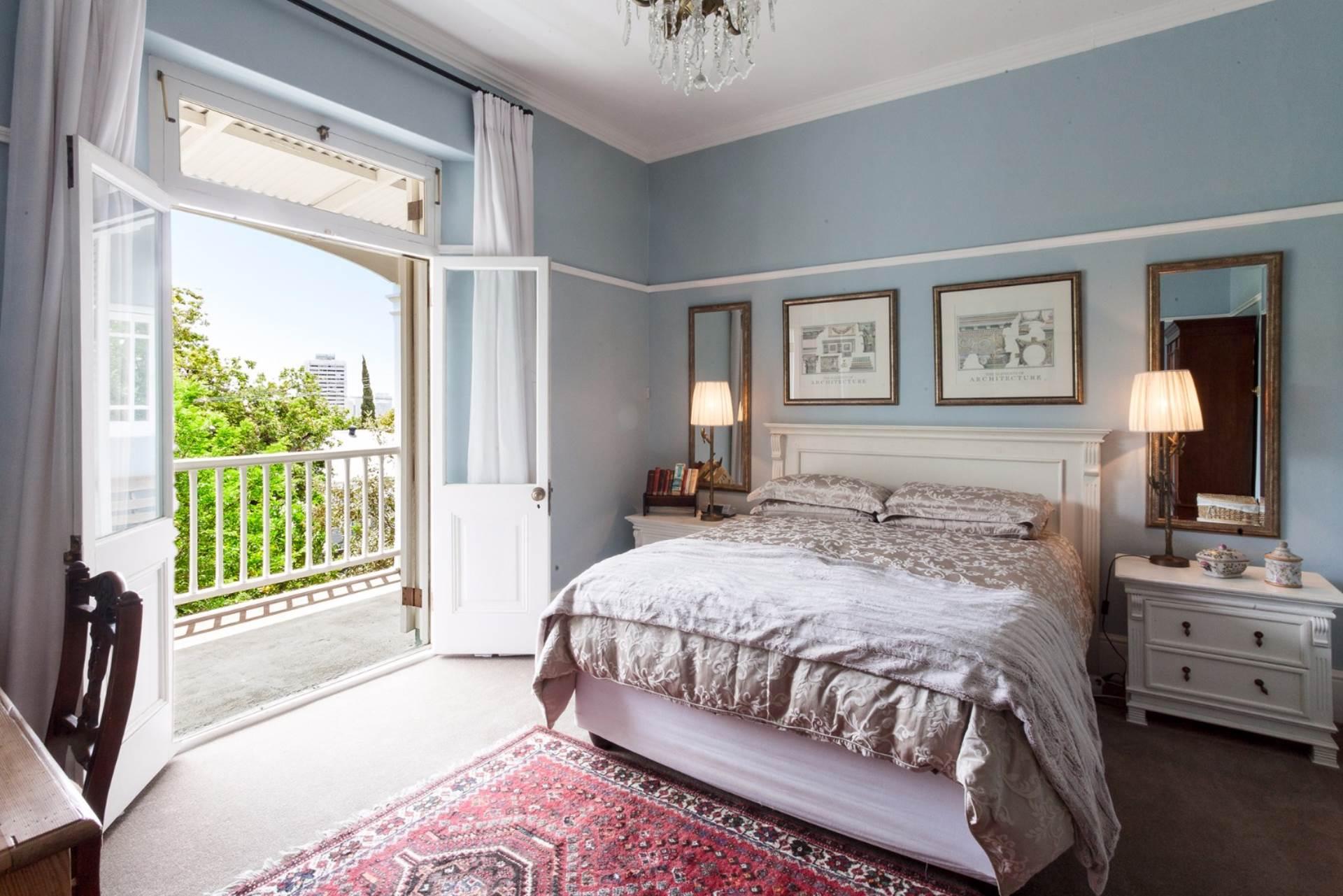 Oranjezicht property for sale. Ref No: 13554333. Picture no 13