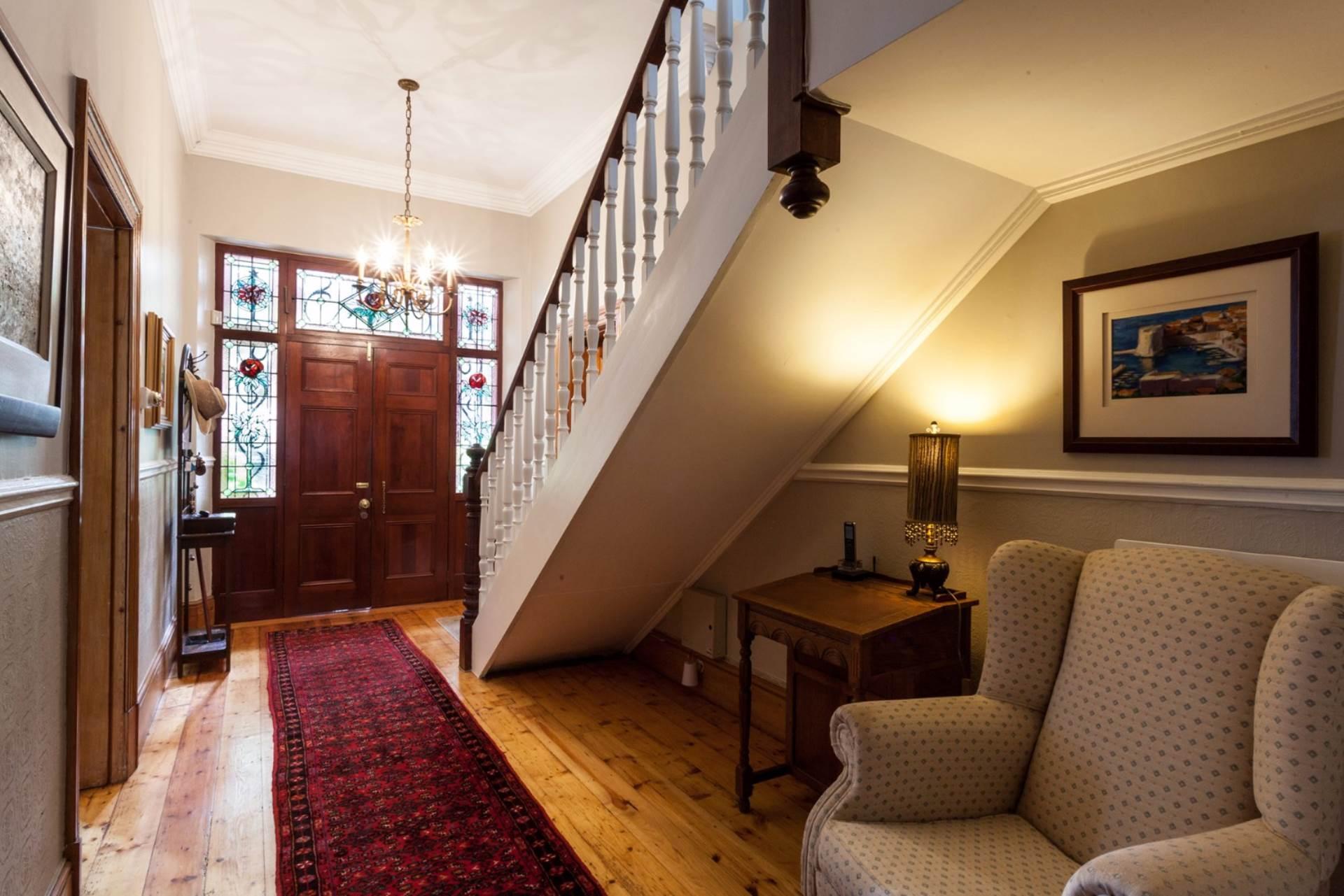 Oranjezicht property for sale. Ref No: 13554333. Picture no 12